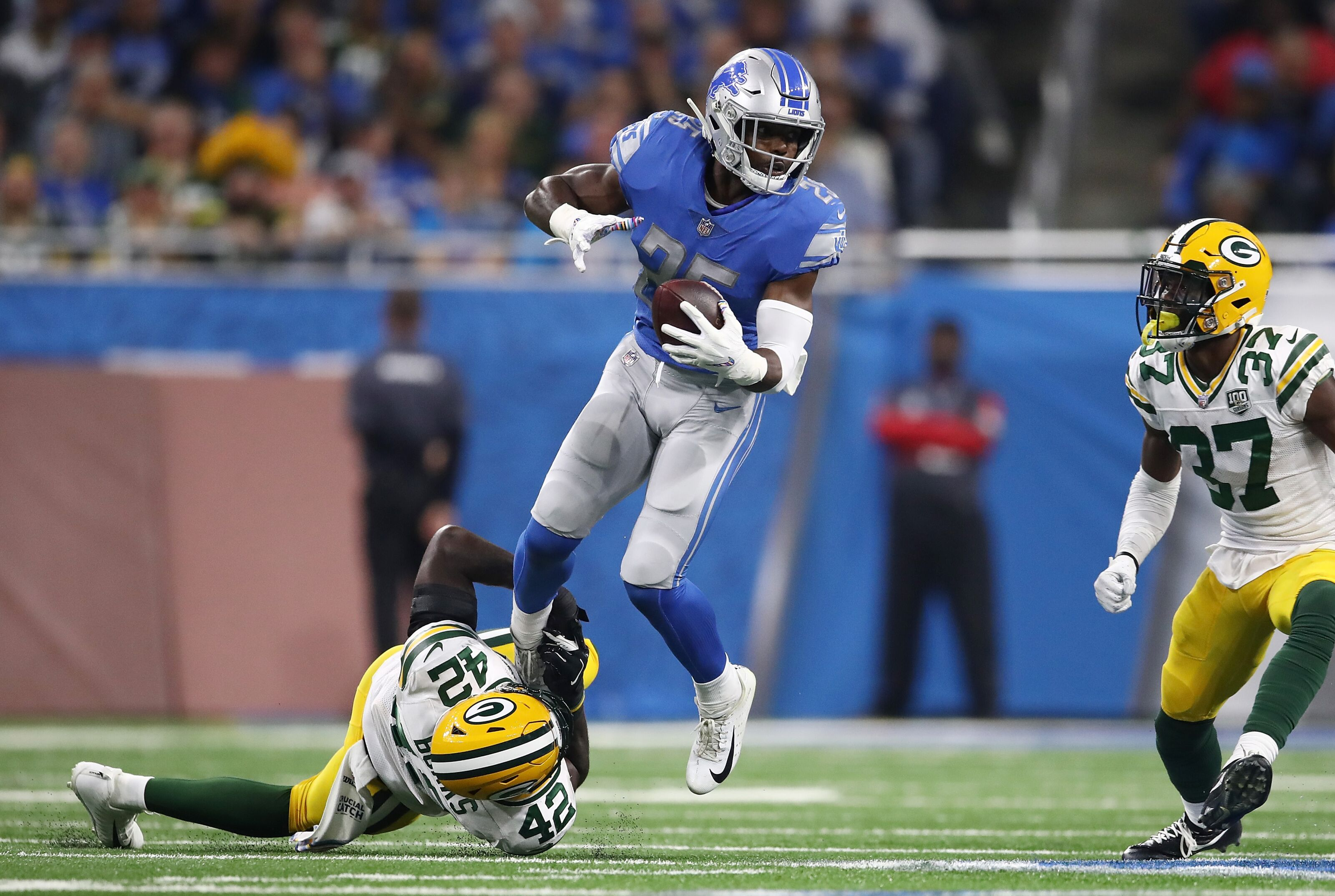 Theo Riddick remains a valuable insurance policy for the Detroit Lions