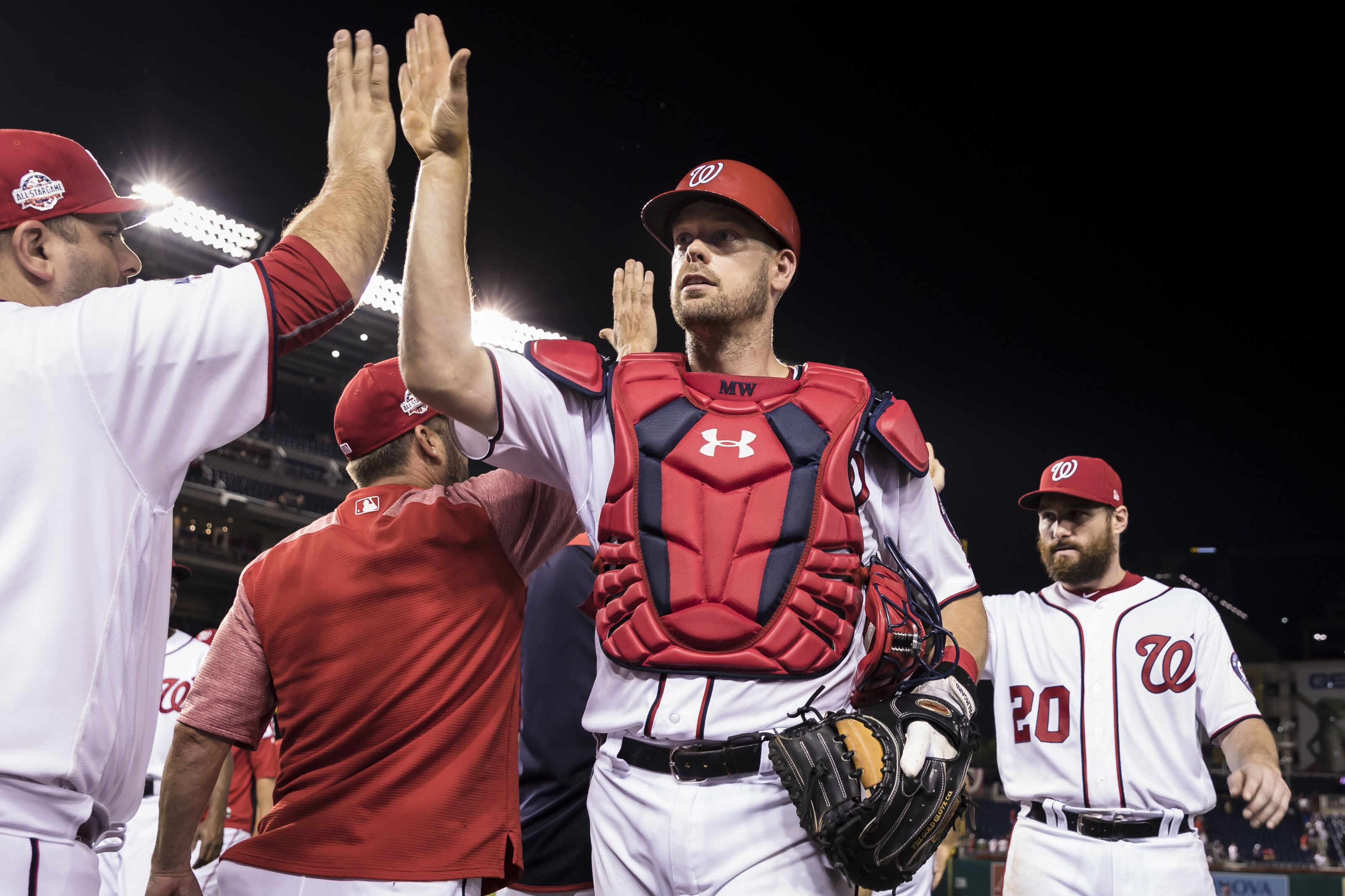 Washington Nationals: Replacing the replacement-level catchers