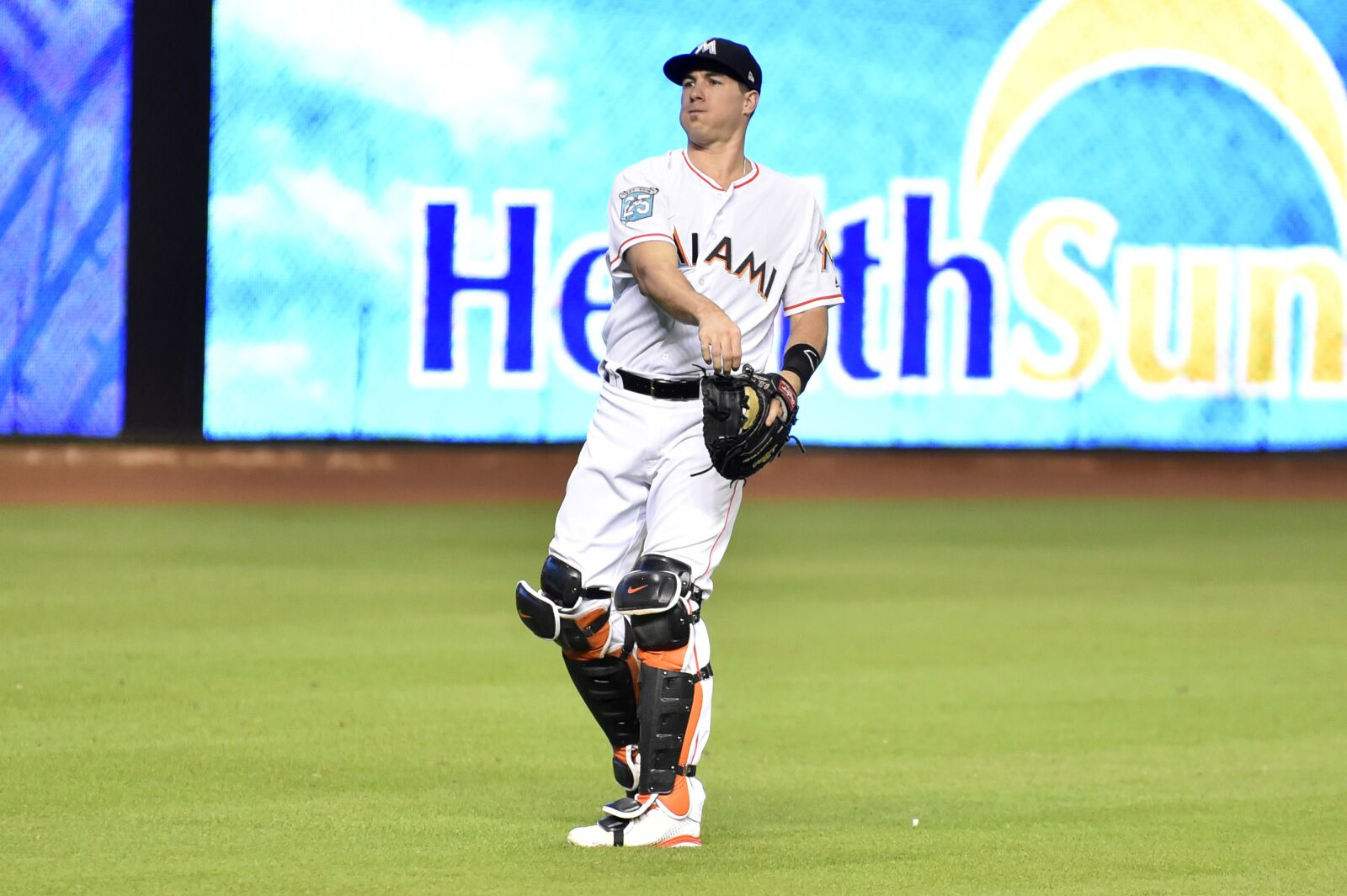 Washington Nationals: Don't give up hope on J.T. Realmuto dream yet