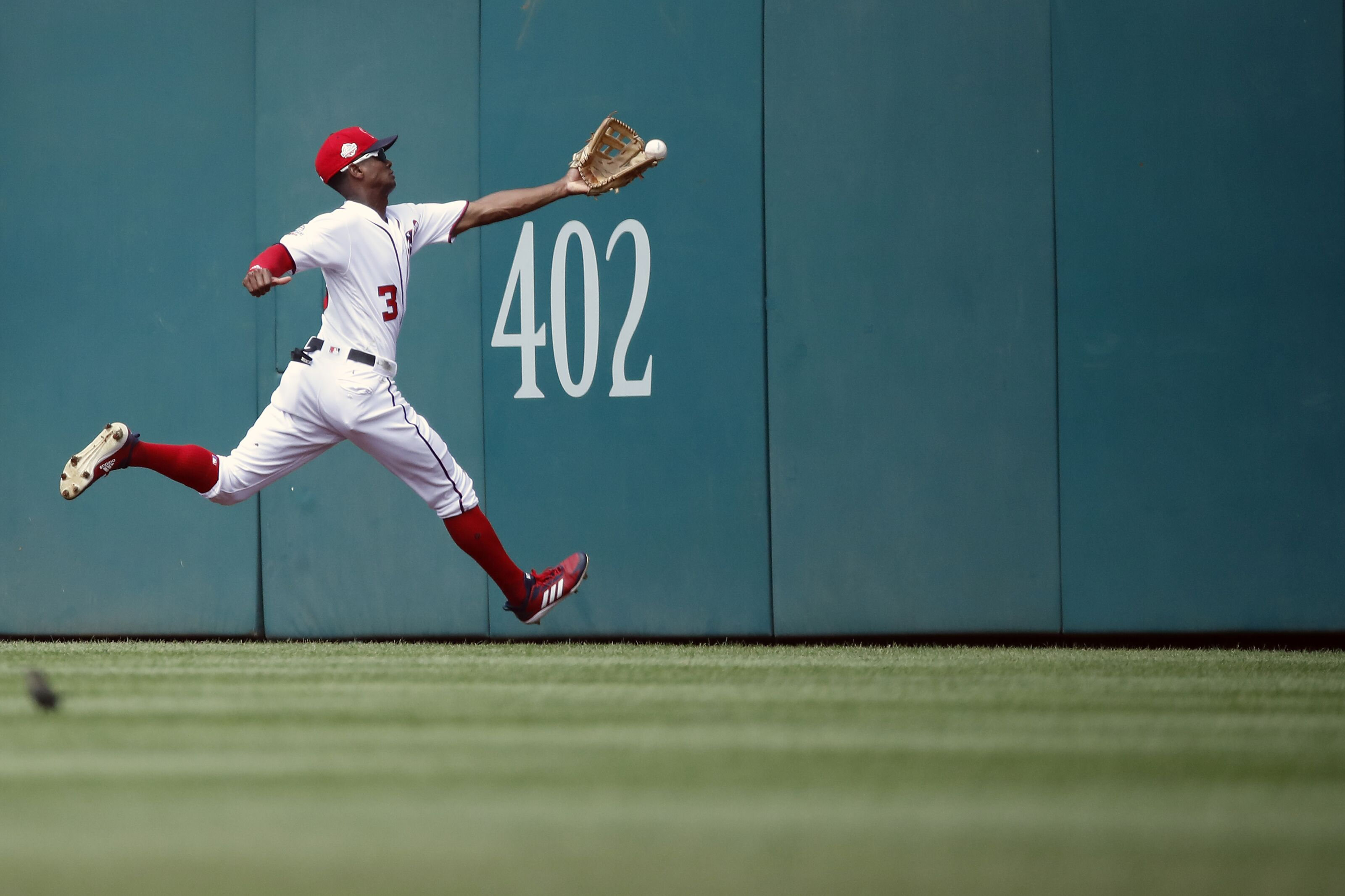 Washington Nationals: Michael Taylor being phased out of outfield ...