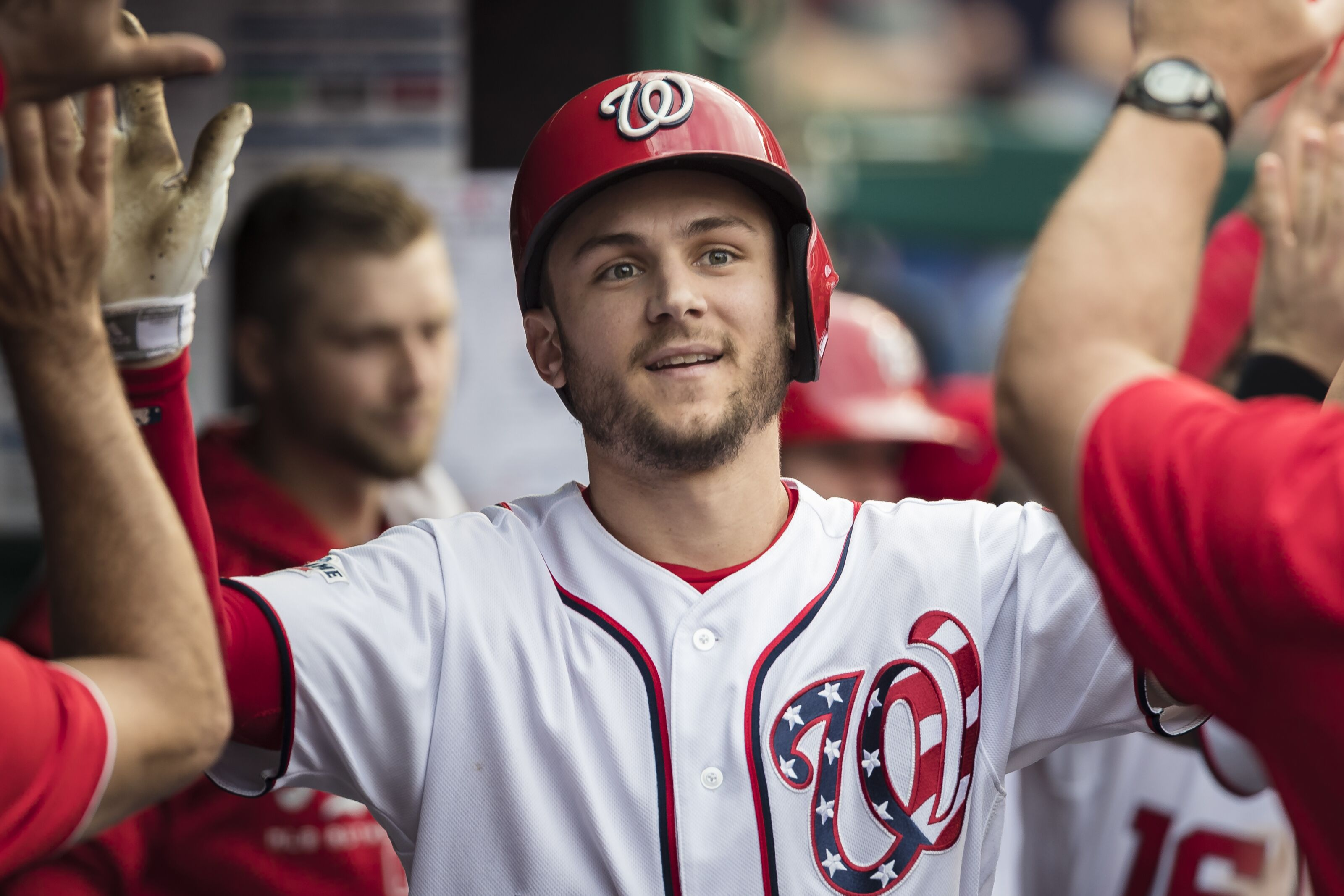 The Washington Nationals agree to arbitration deals with all six players.