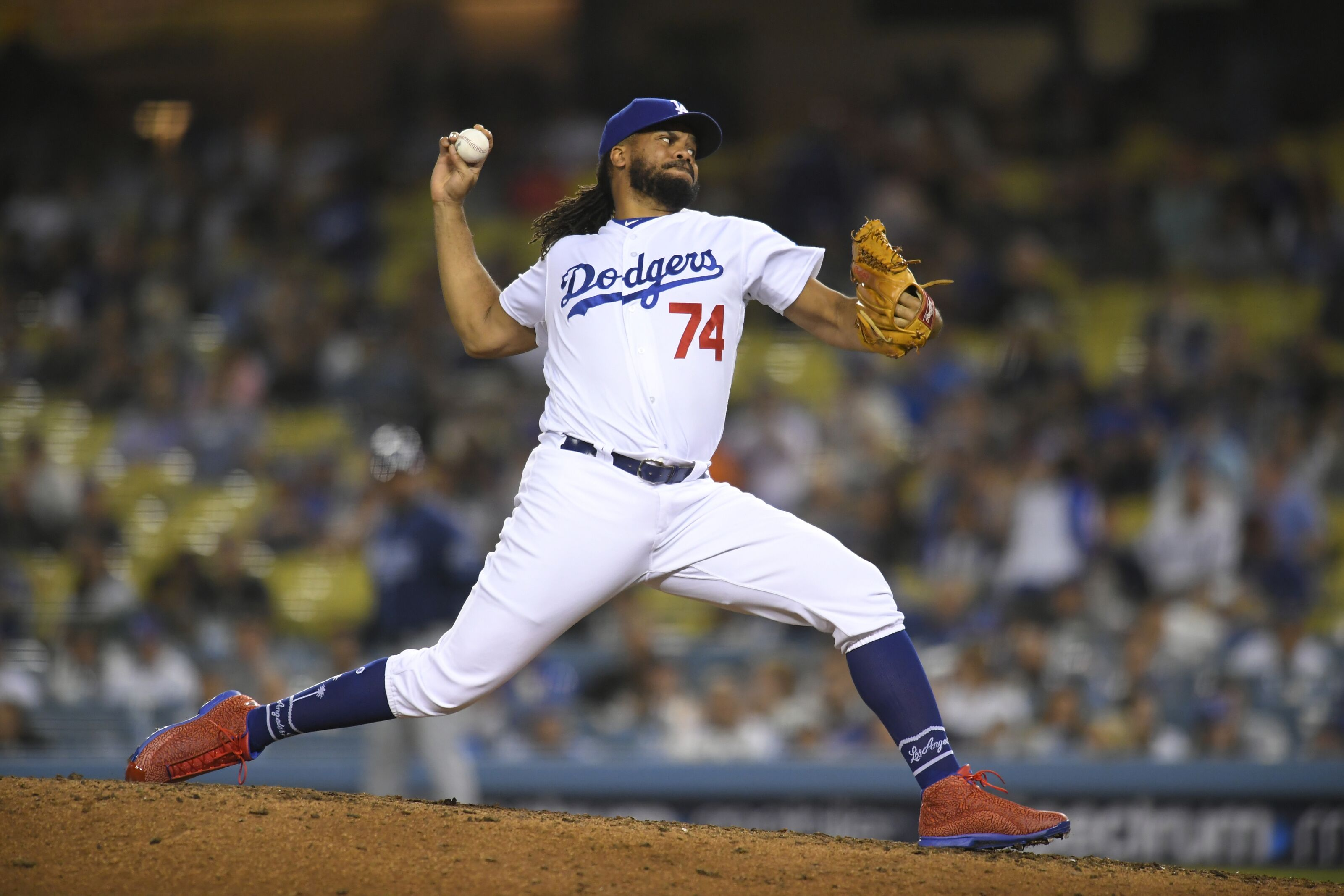 Dodgers: Dave Roberts is in a tough spot with Kenley Jansen