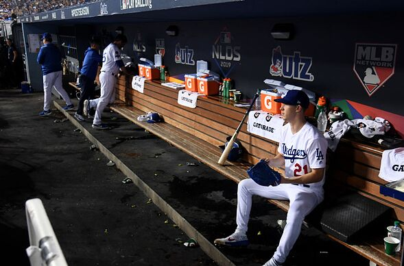 Dodgers: Going through and grading the pitching staff