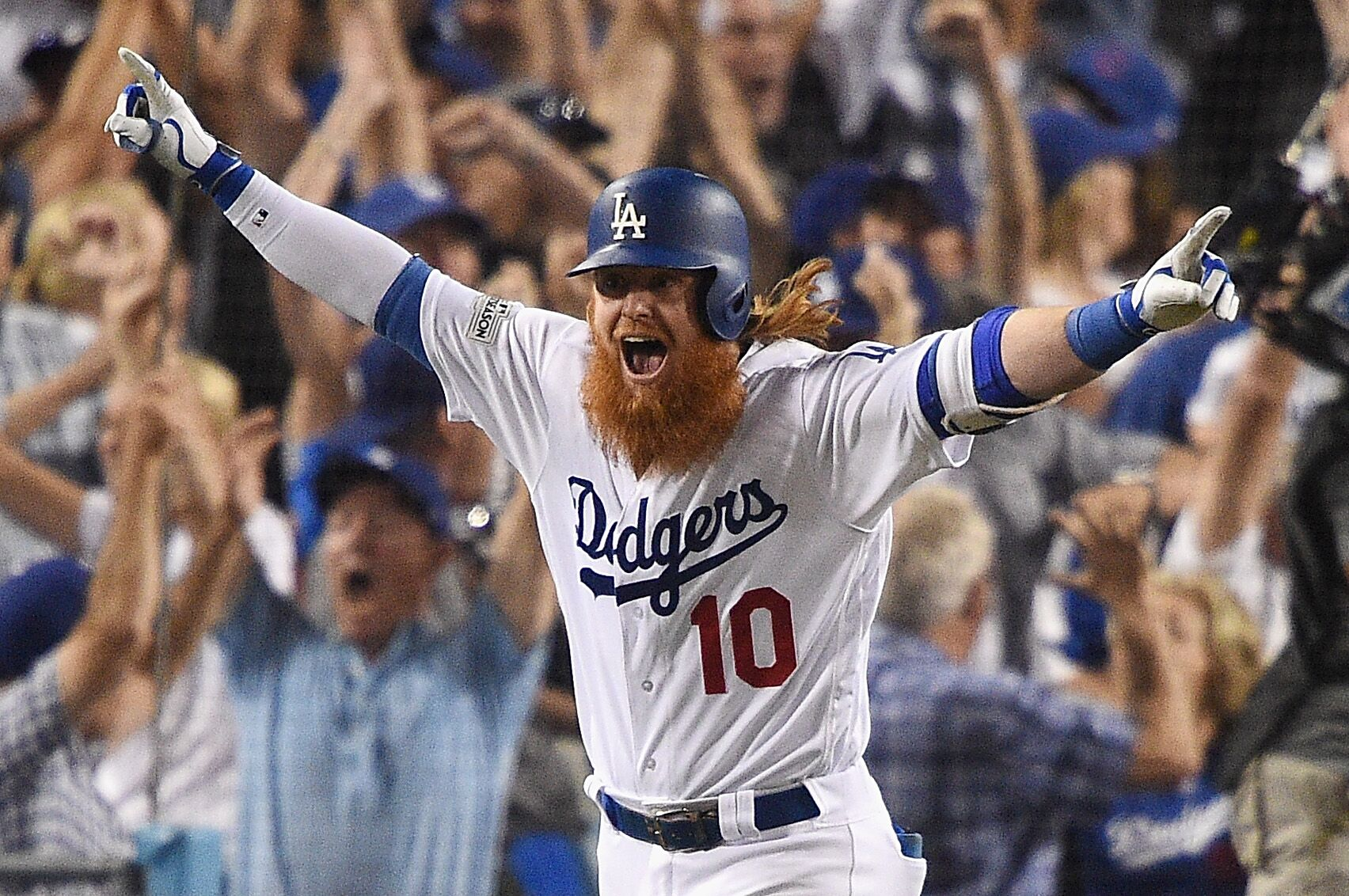 861780978-league-championship-series-chicago-cubs-v-los-angeles-dodgers-game-two.jpg