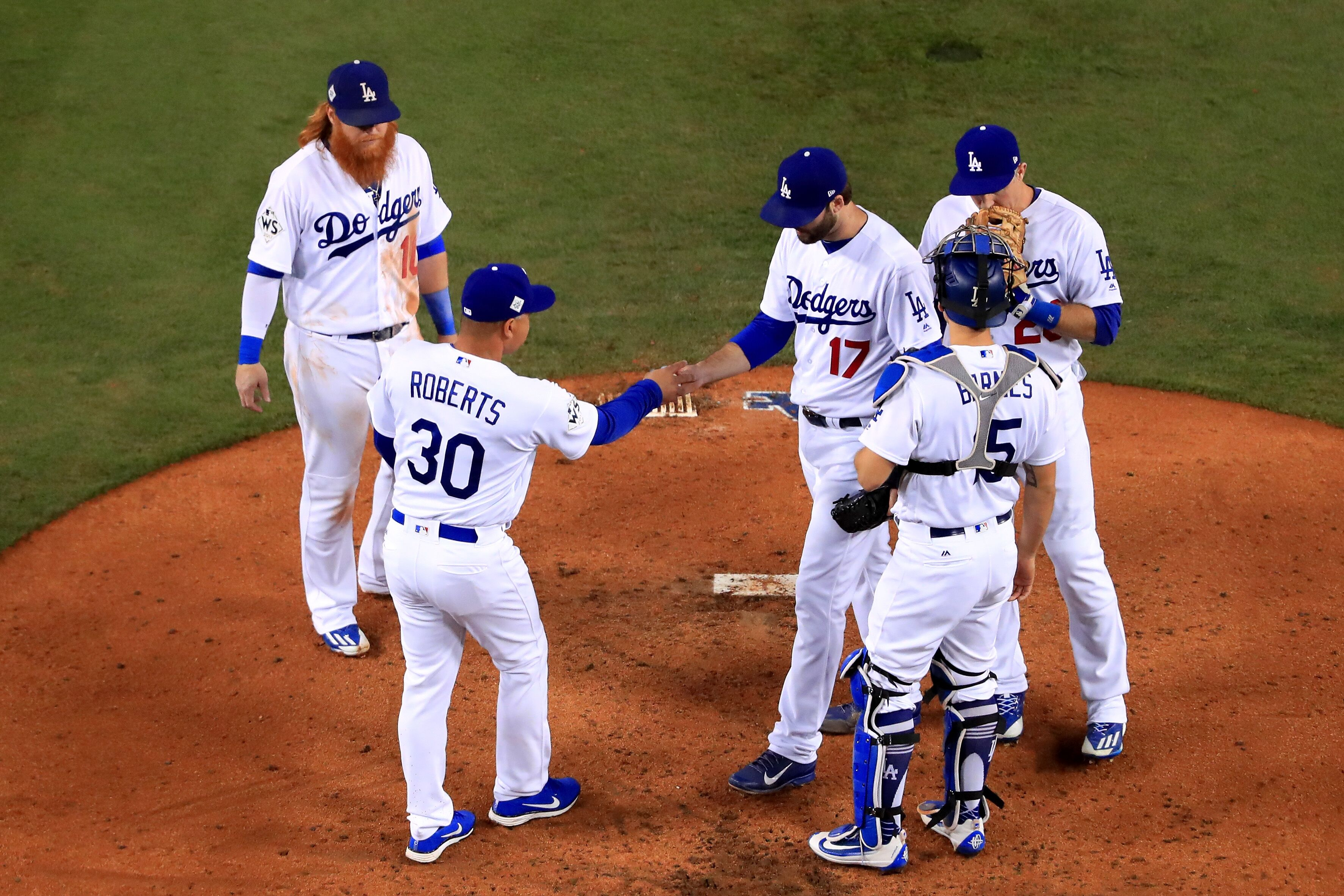 868797764-world-series-houston-astros-v-los-angeles-dodgers-game-six.jpg