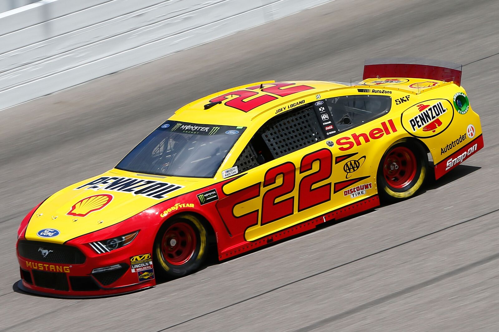 NASCAR driver Joey Logano and family mourning their Frenchie