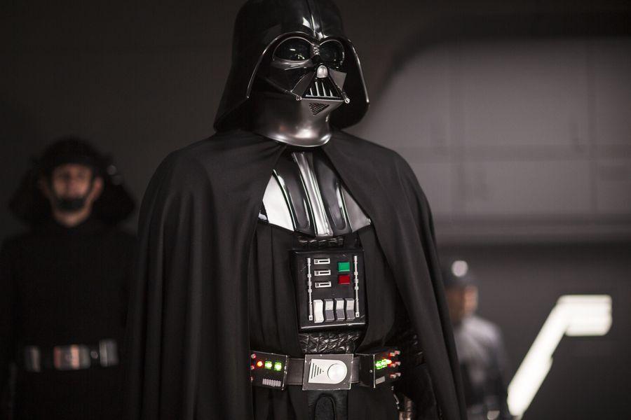 Star Wars: Let's get Darth Vader in the Obi-Wan TV series