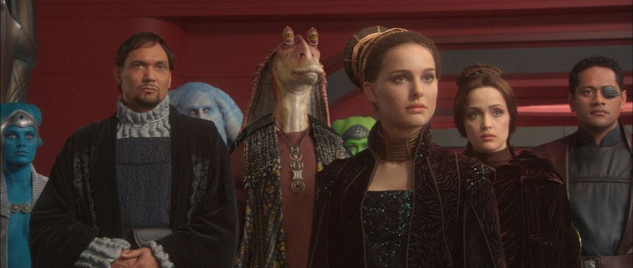 Star Wars: Natalie Portman discusses the love/hate for the prequels