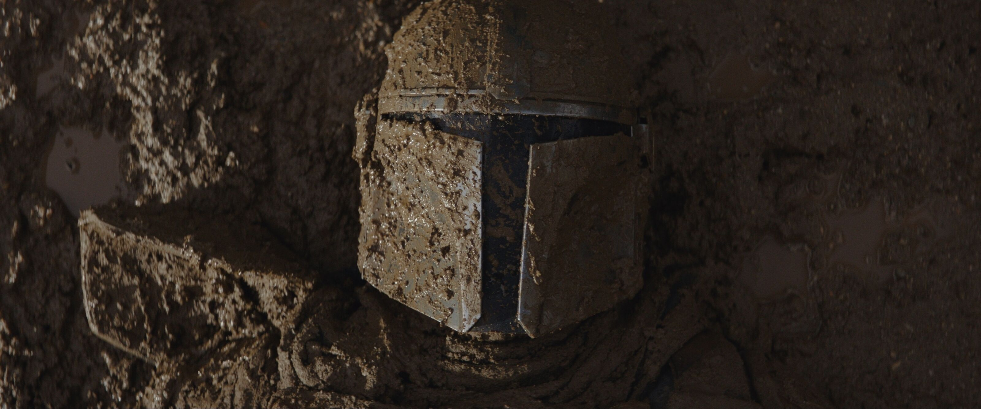 Star Wars: The Mandalorian is strange in all the right ways