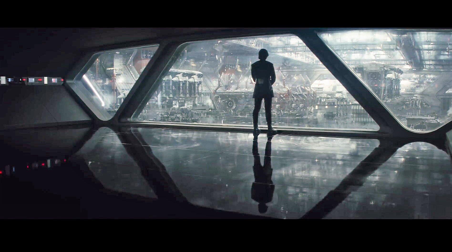 We dissect The Last Jedi trailer in our screencap breakdown