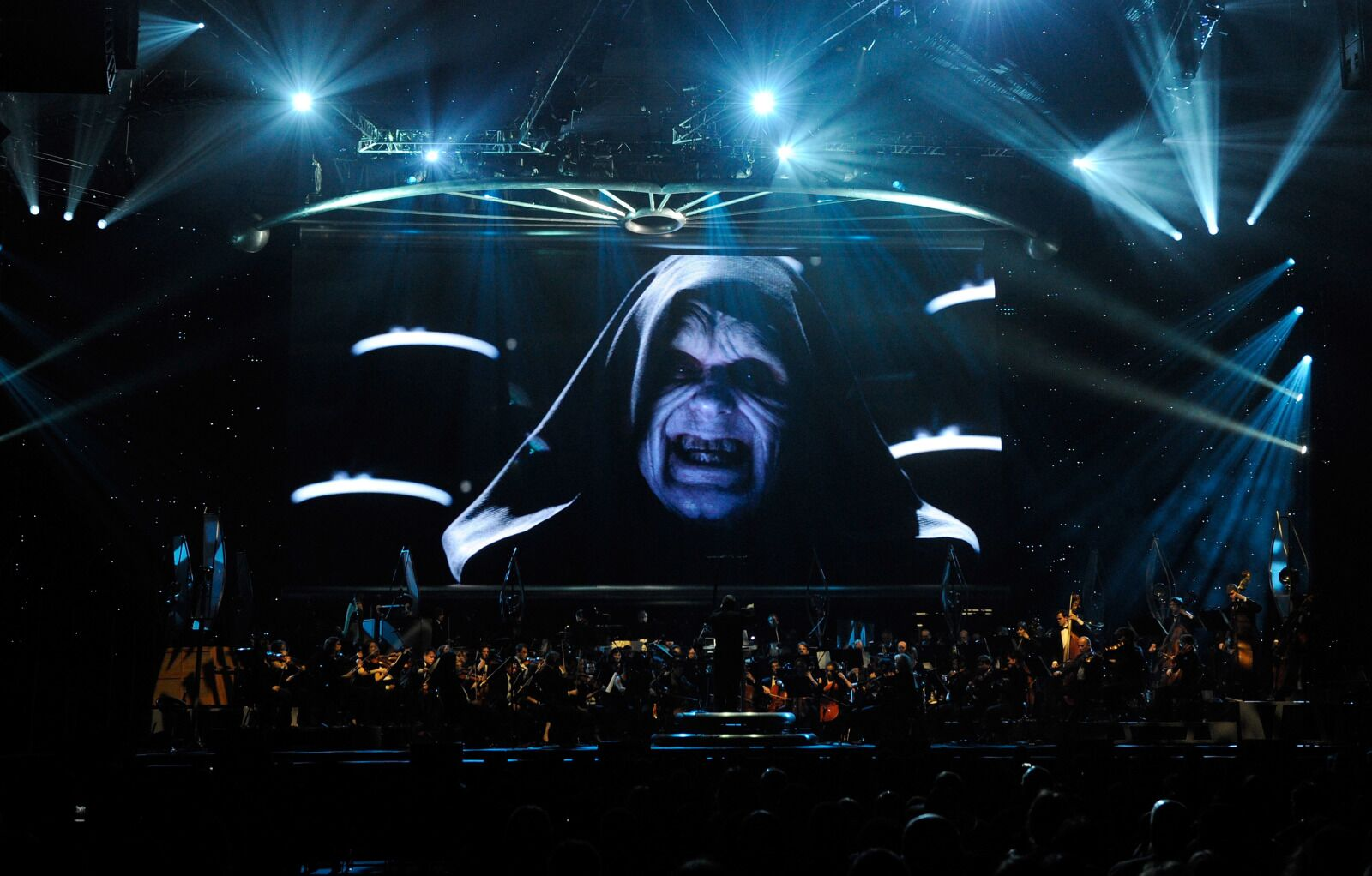 4 ways Emperor Palpatine could appear in Star Wars Episode IX