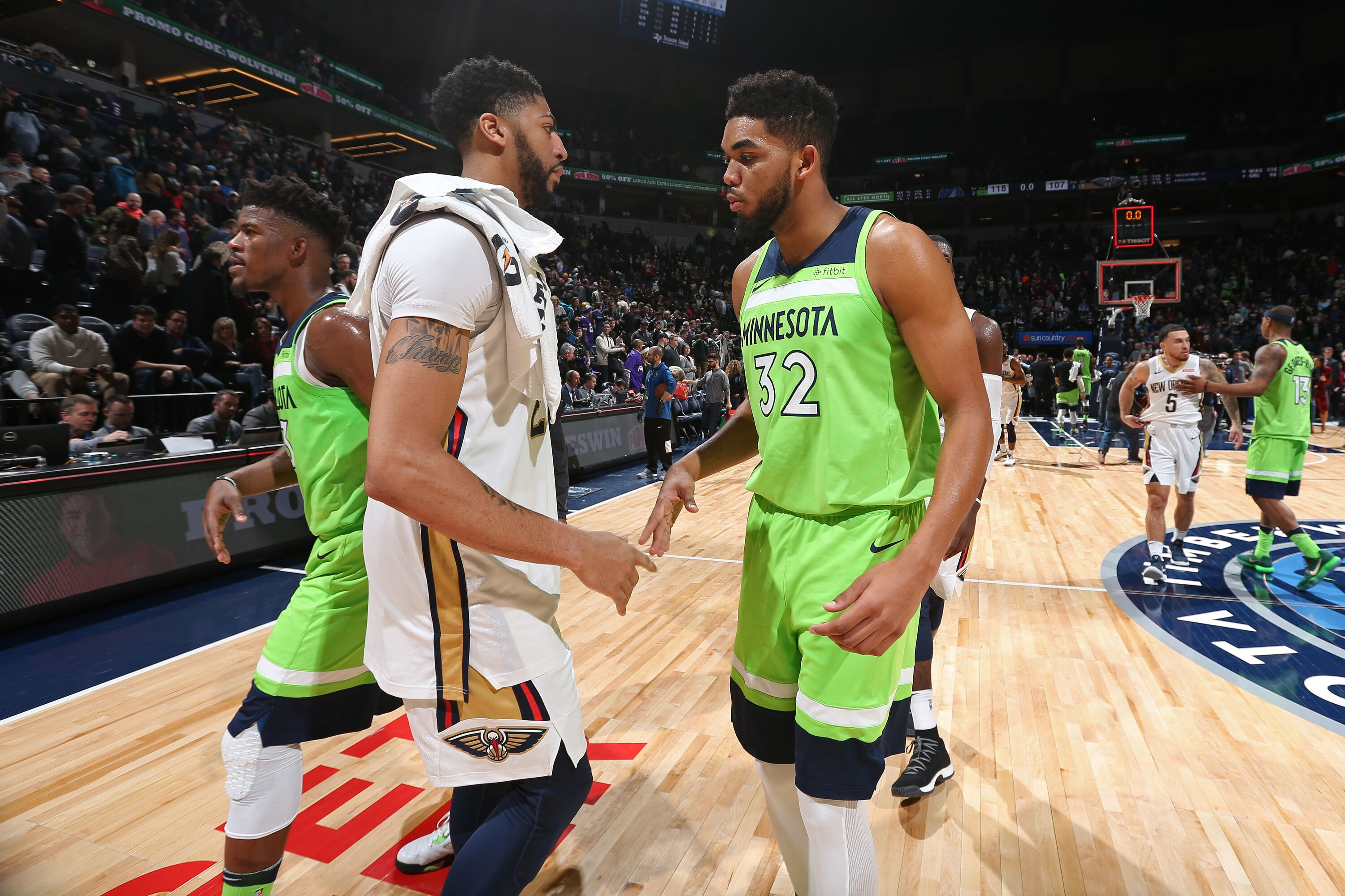 44b3d18f Karl-Anthony Towns vs. Anthony Davis: Playoff race will clarify debate