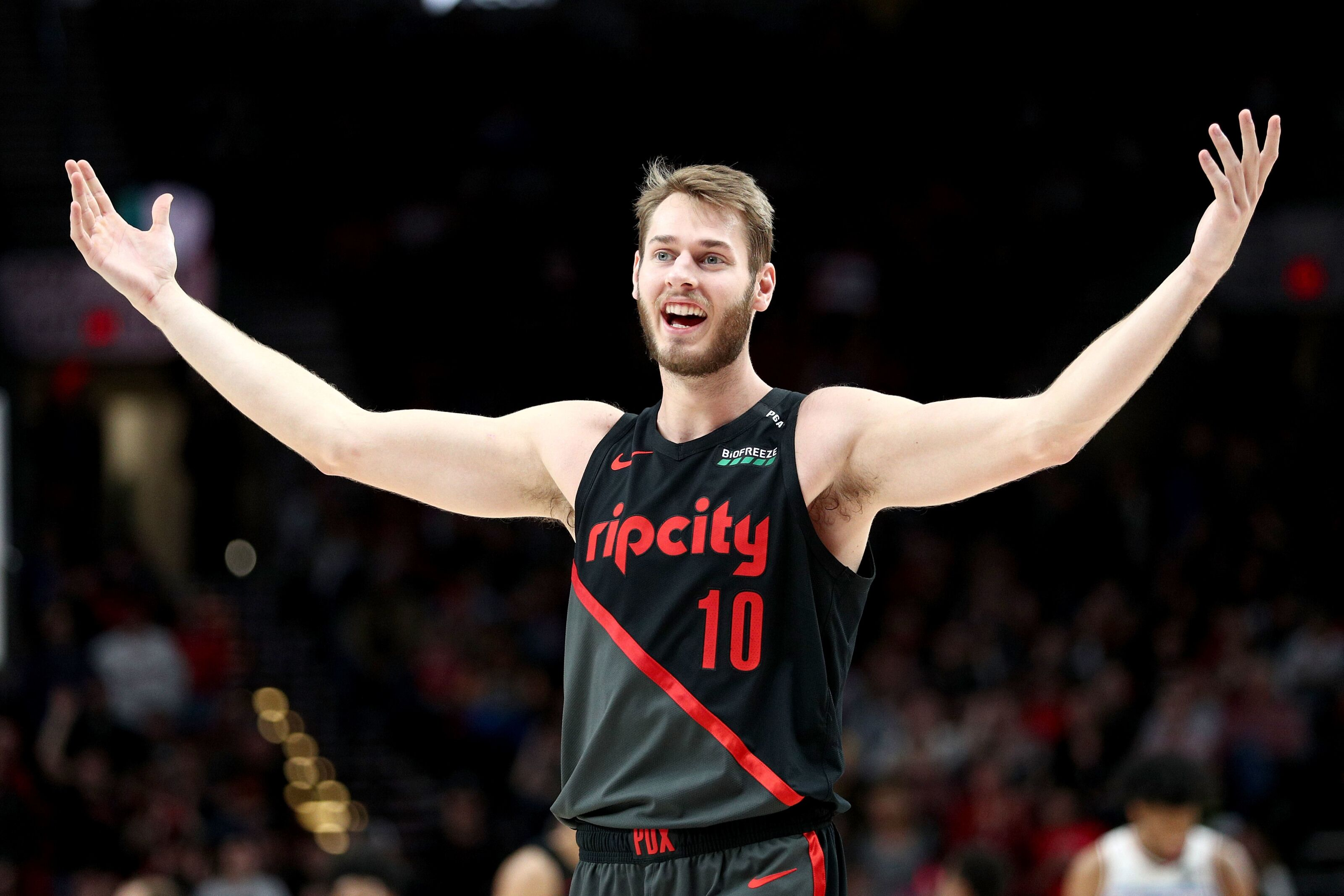 What can the Timberwolves expect from new signing Jake Layman?