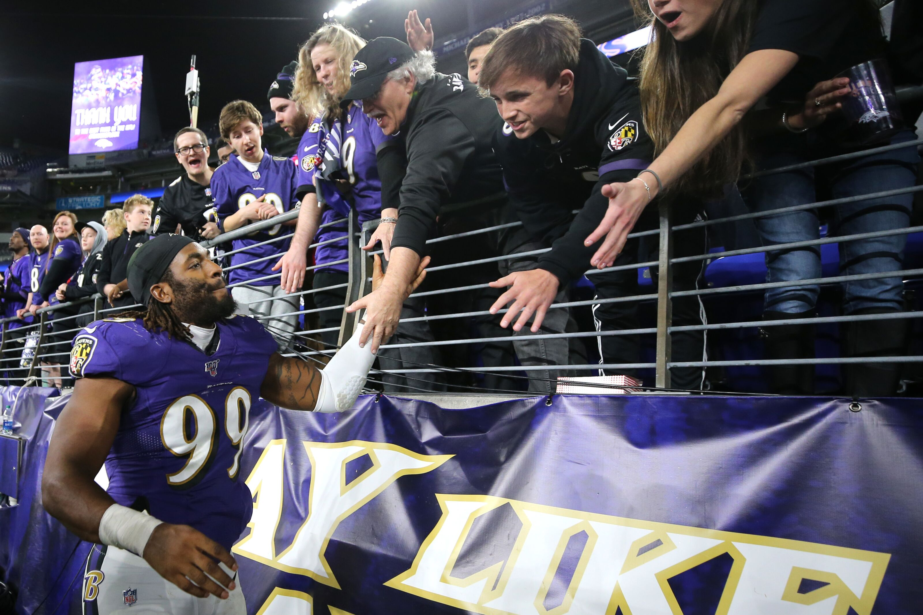 Baltimore Ravens should bring back Judon, at the right cost