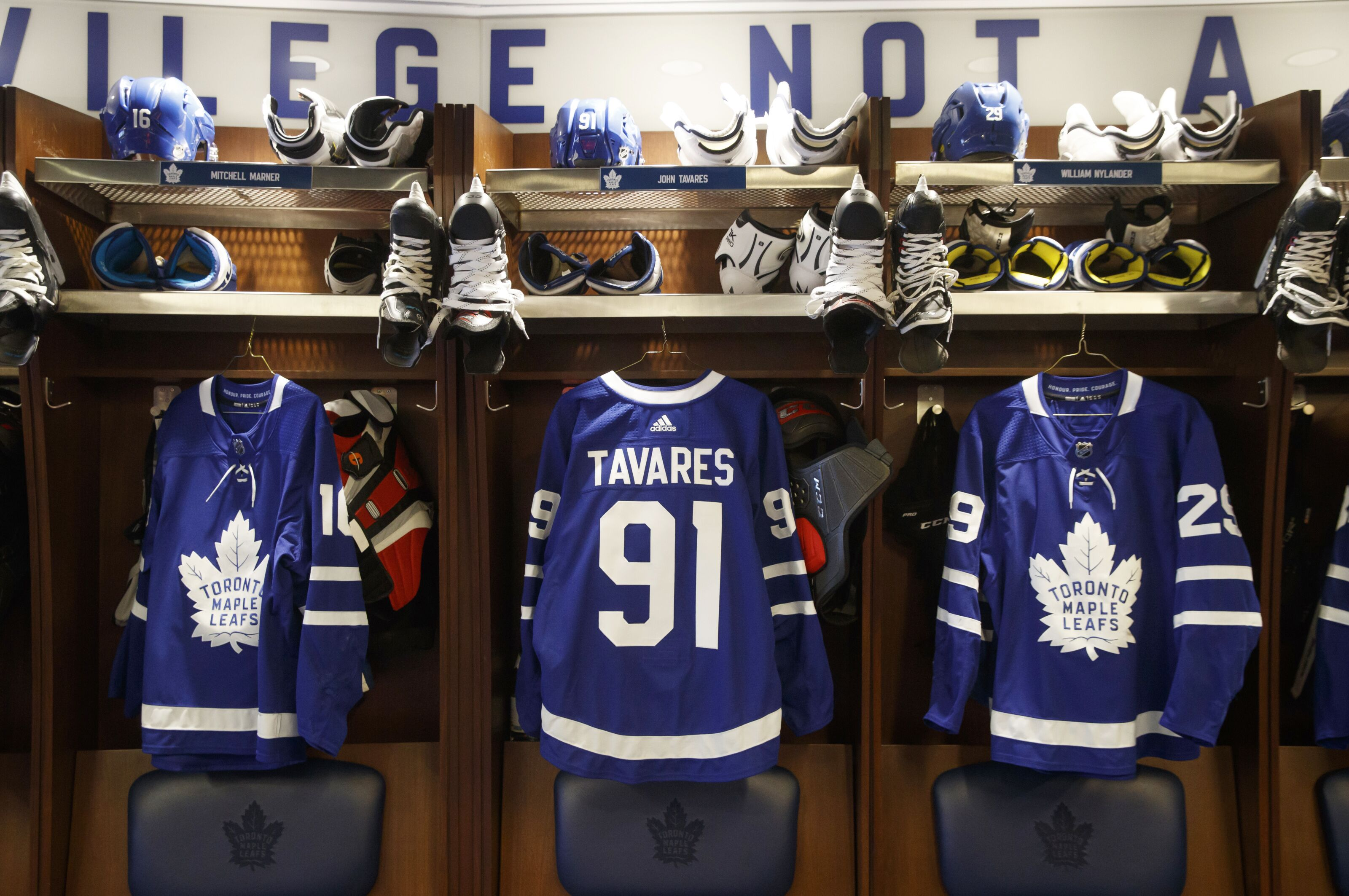 hot sale online 92ff8 fb284 Toronto Maple Leafs: All-Toronto line (GTA Included)