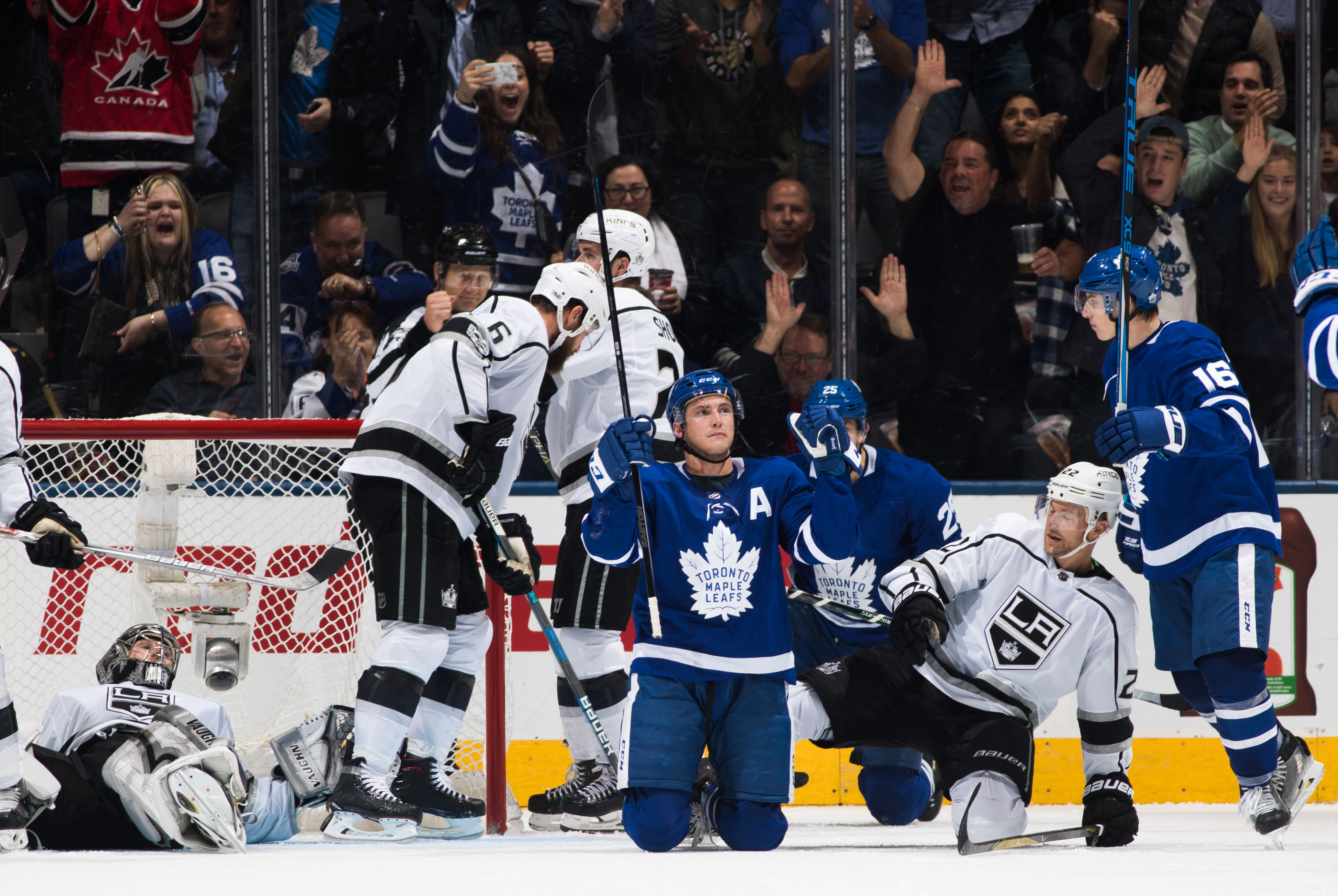 Toronto maple leafs chip and chase stop and go geenschuldenfo Image collections