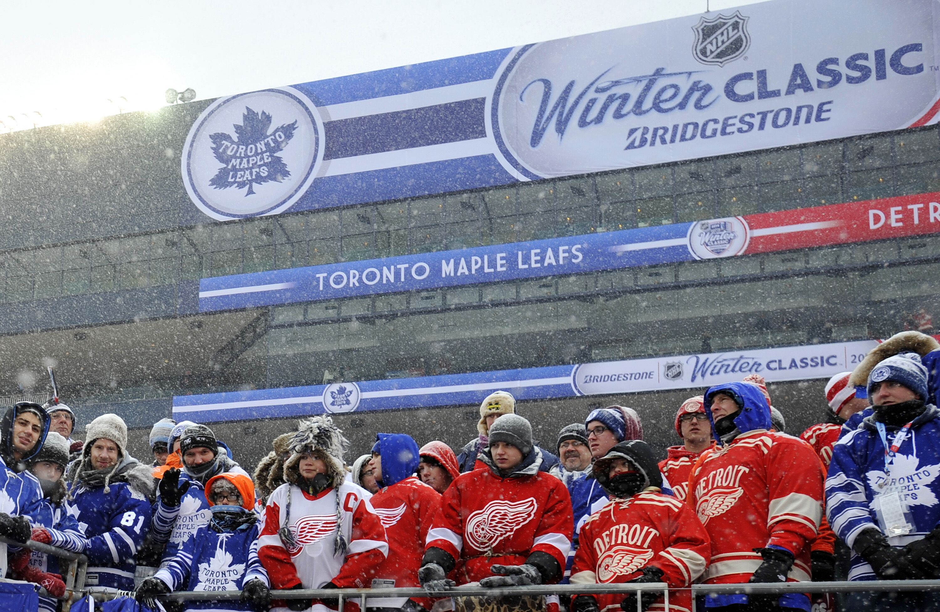 more photos f48cb ecad5 Toronto Maple Leafs Should Play in 2020 Winter Classic