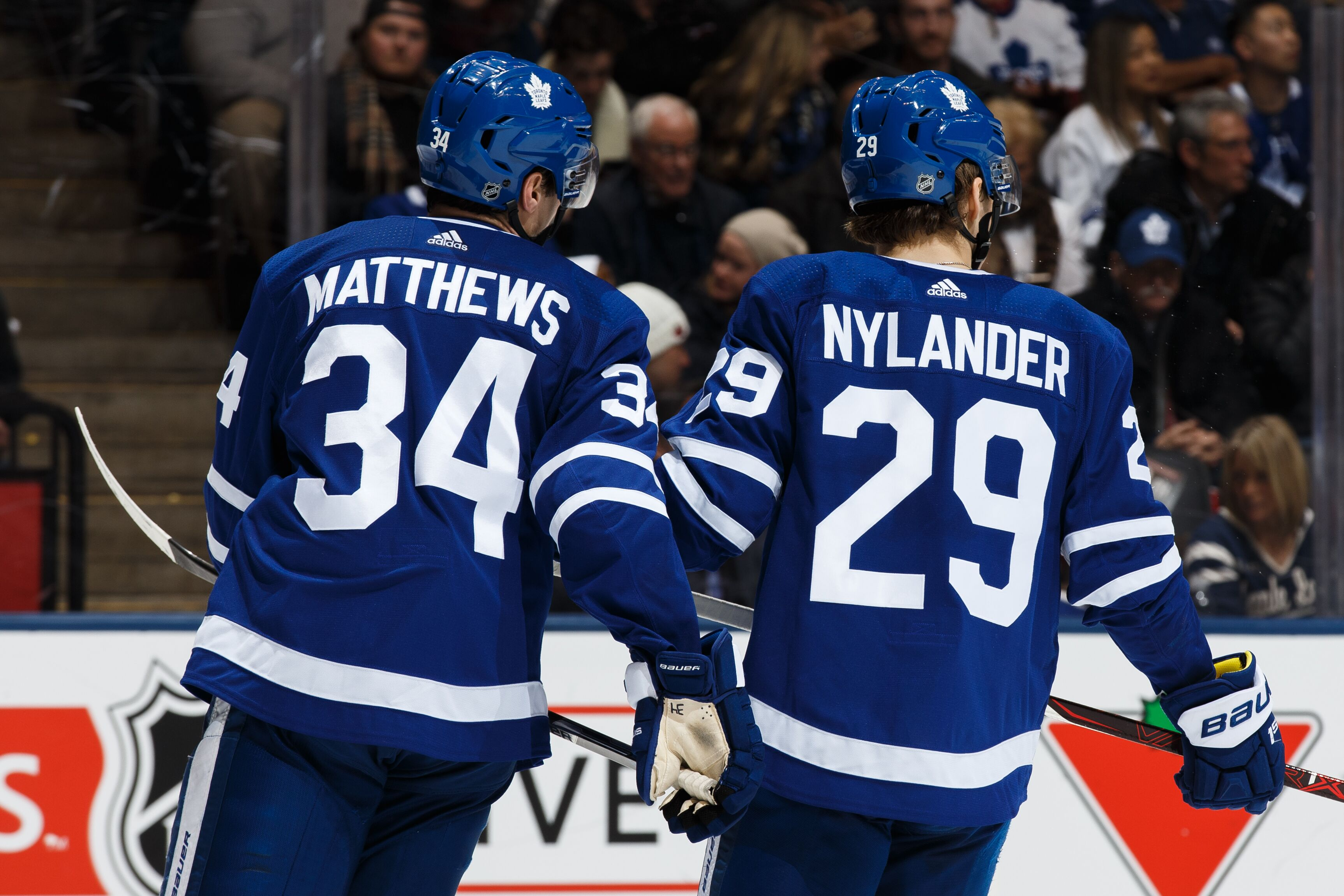 Toronto Maple Leafs: Pass on Weber for Nylander