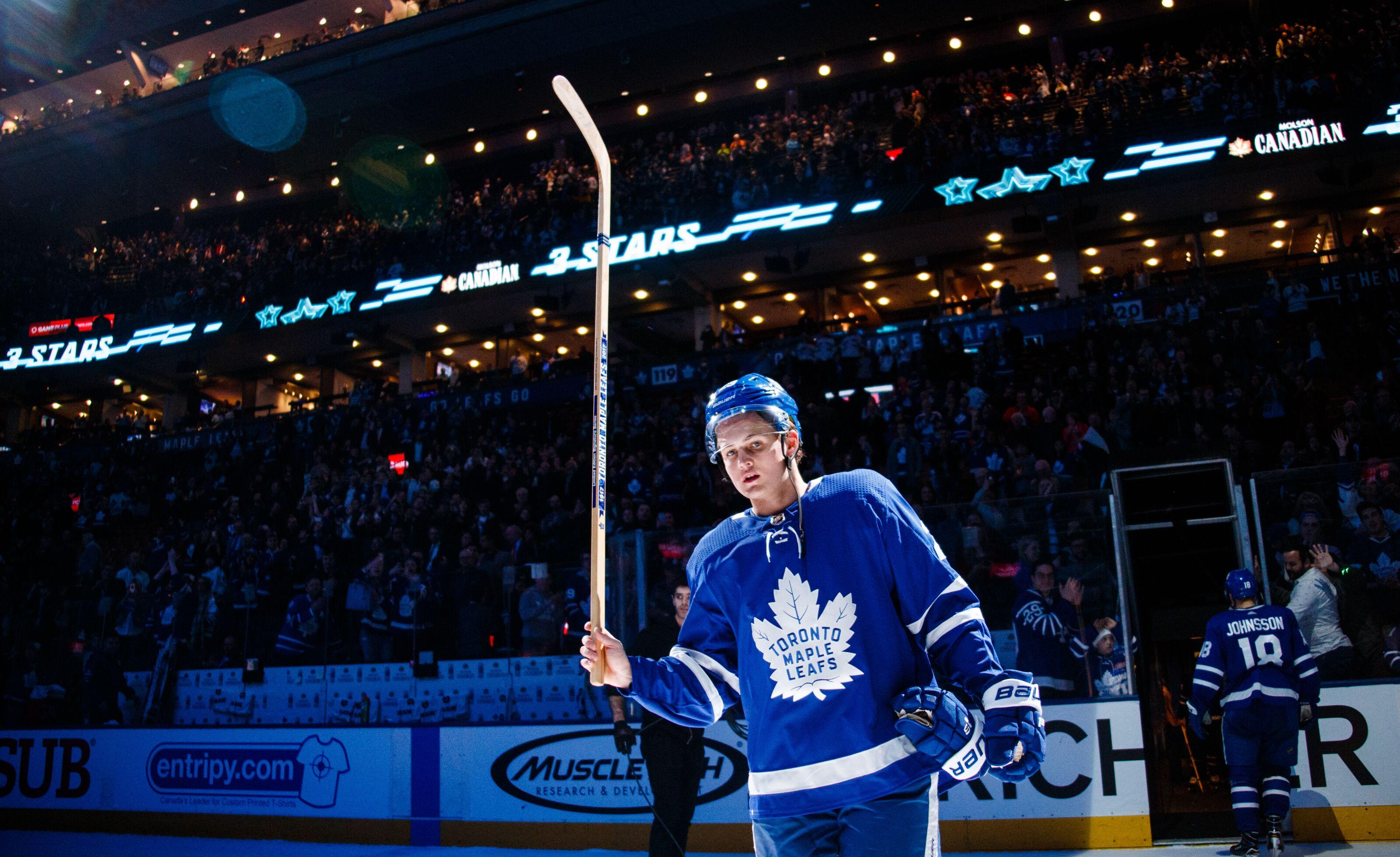 Toronto Maple Leafs  Don t Sign William Nylander to Bridge Deal 2e87e94c852