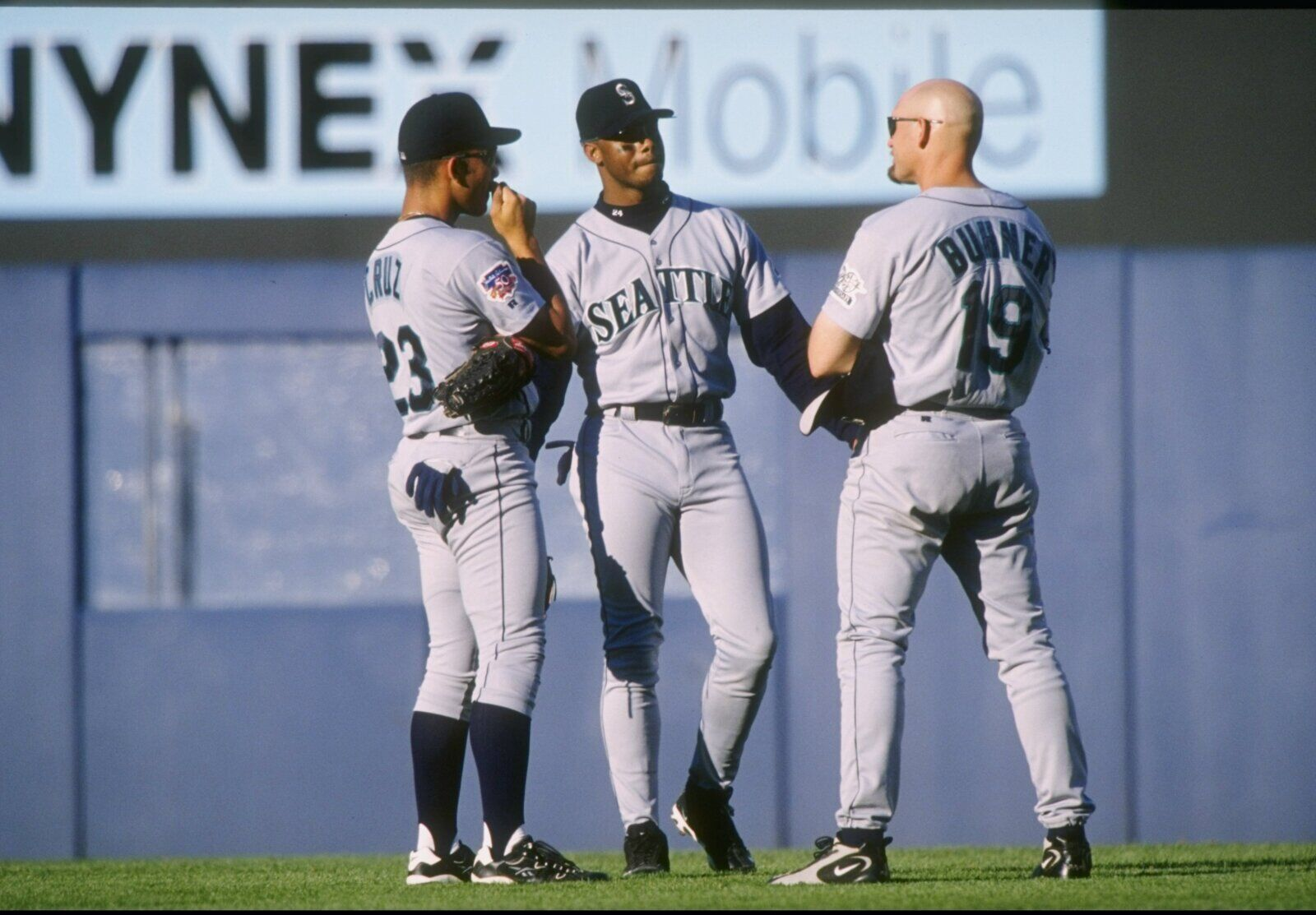 b7ccbc98f3 Seattle Mariners: Remembering the 1997 M's sluggers