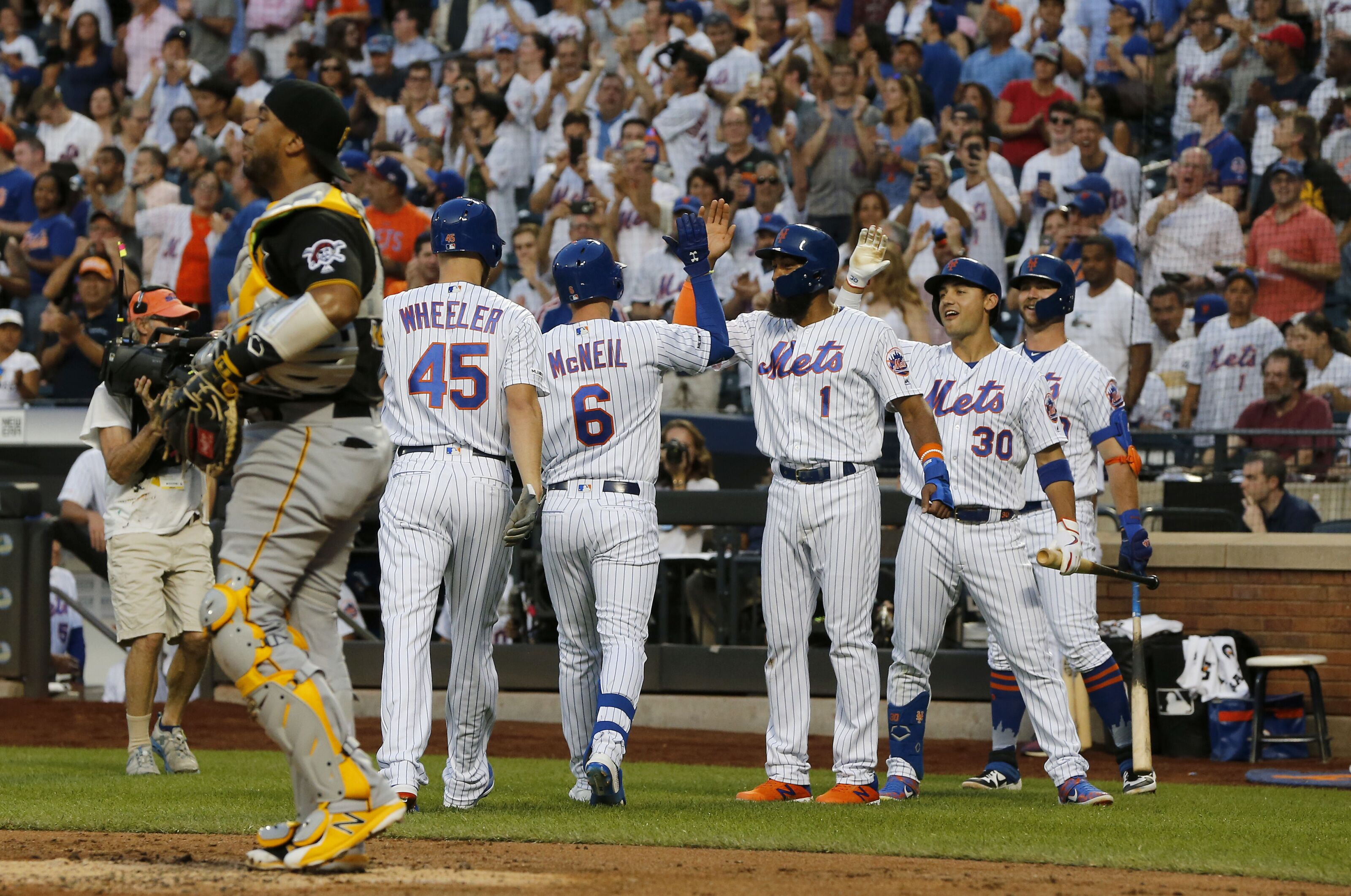 New York Mets fans signed up for this, and they fight to the end