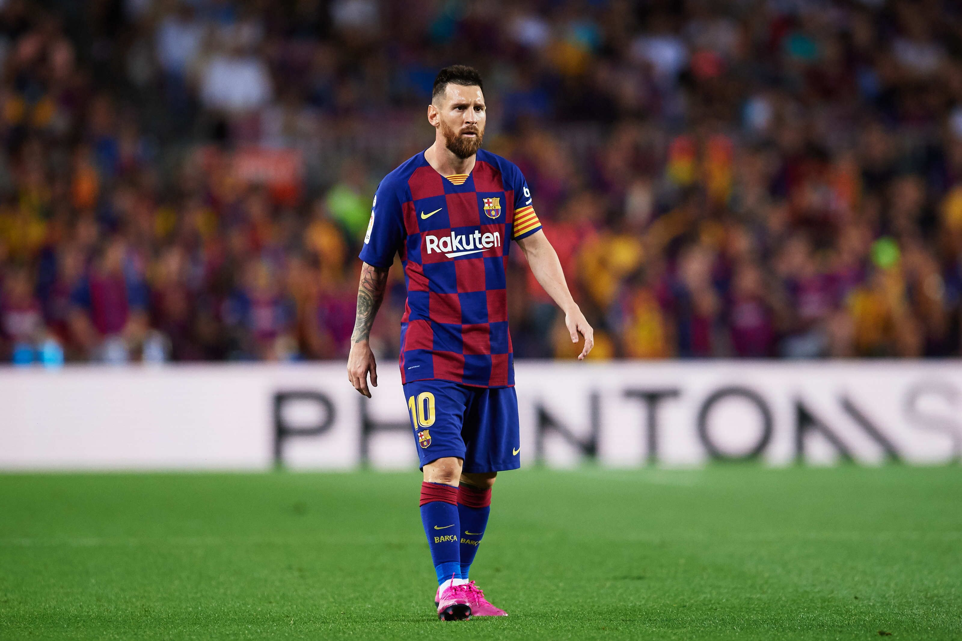 Lionel Messi wants Barcelona to sign Real Madrid's midfield maestro