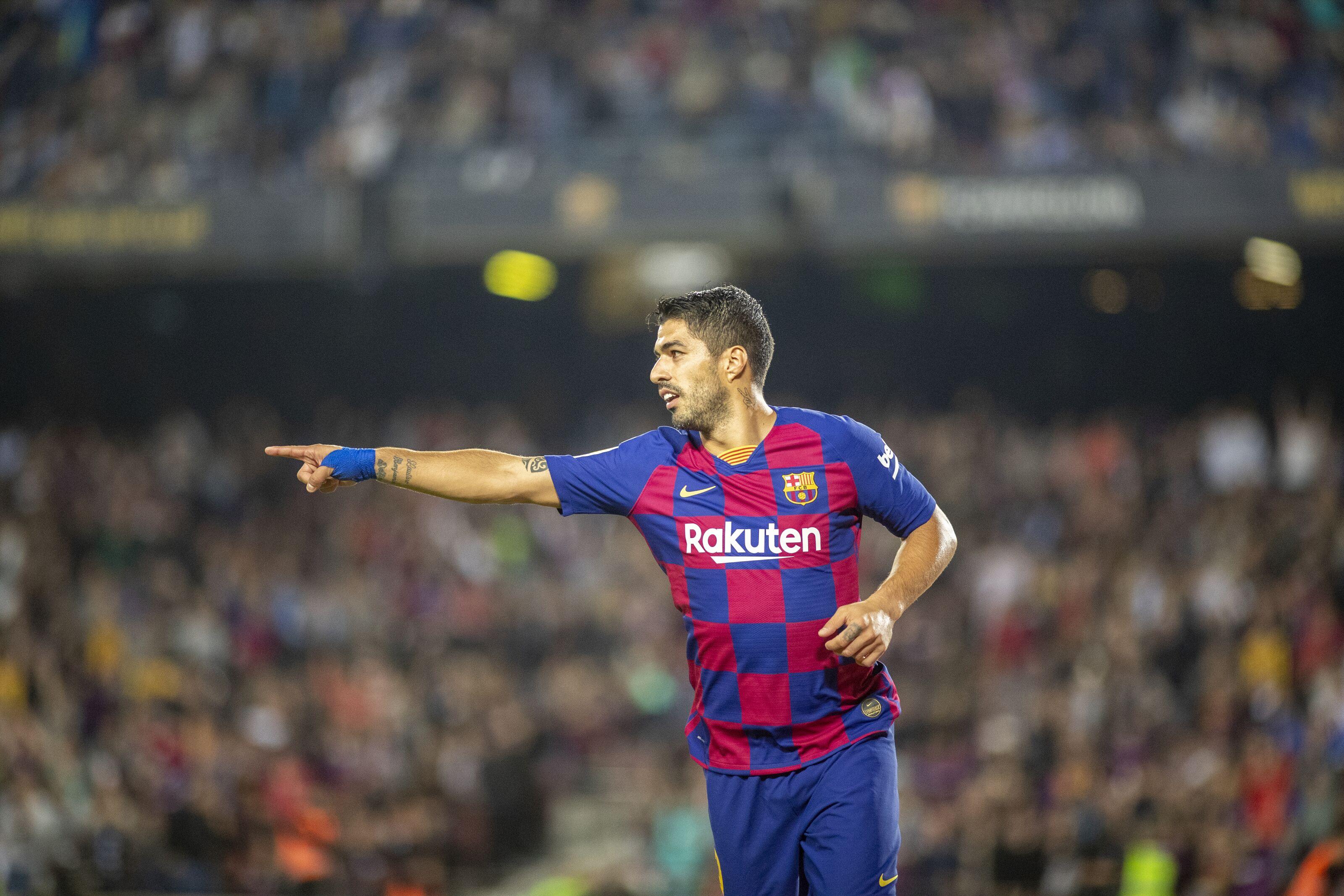 Luis Suarez informs Barcelona of his successor and future