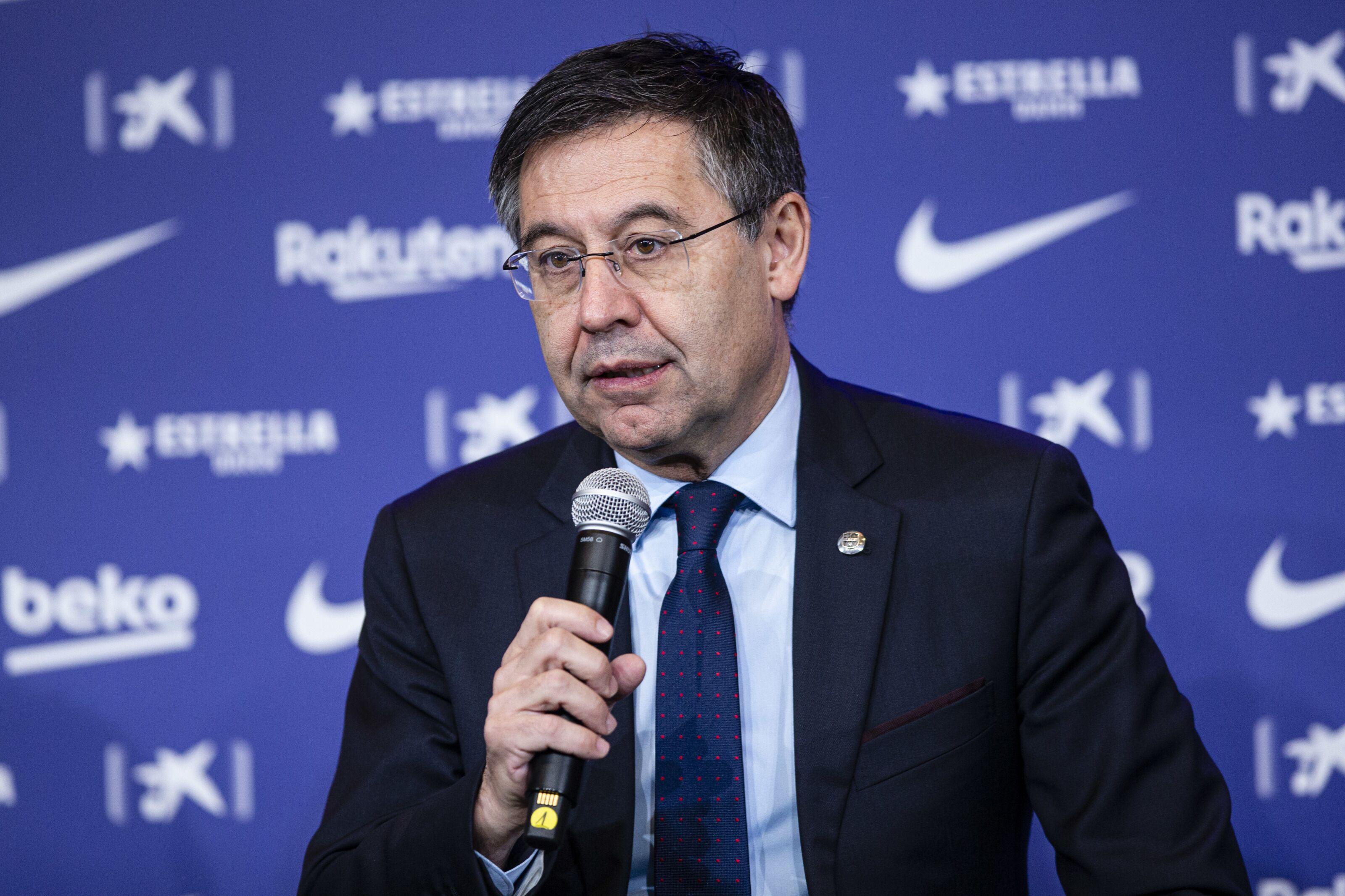 Barcelona president lavishly gifts squad members despite recent form