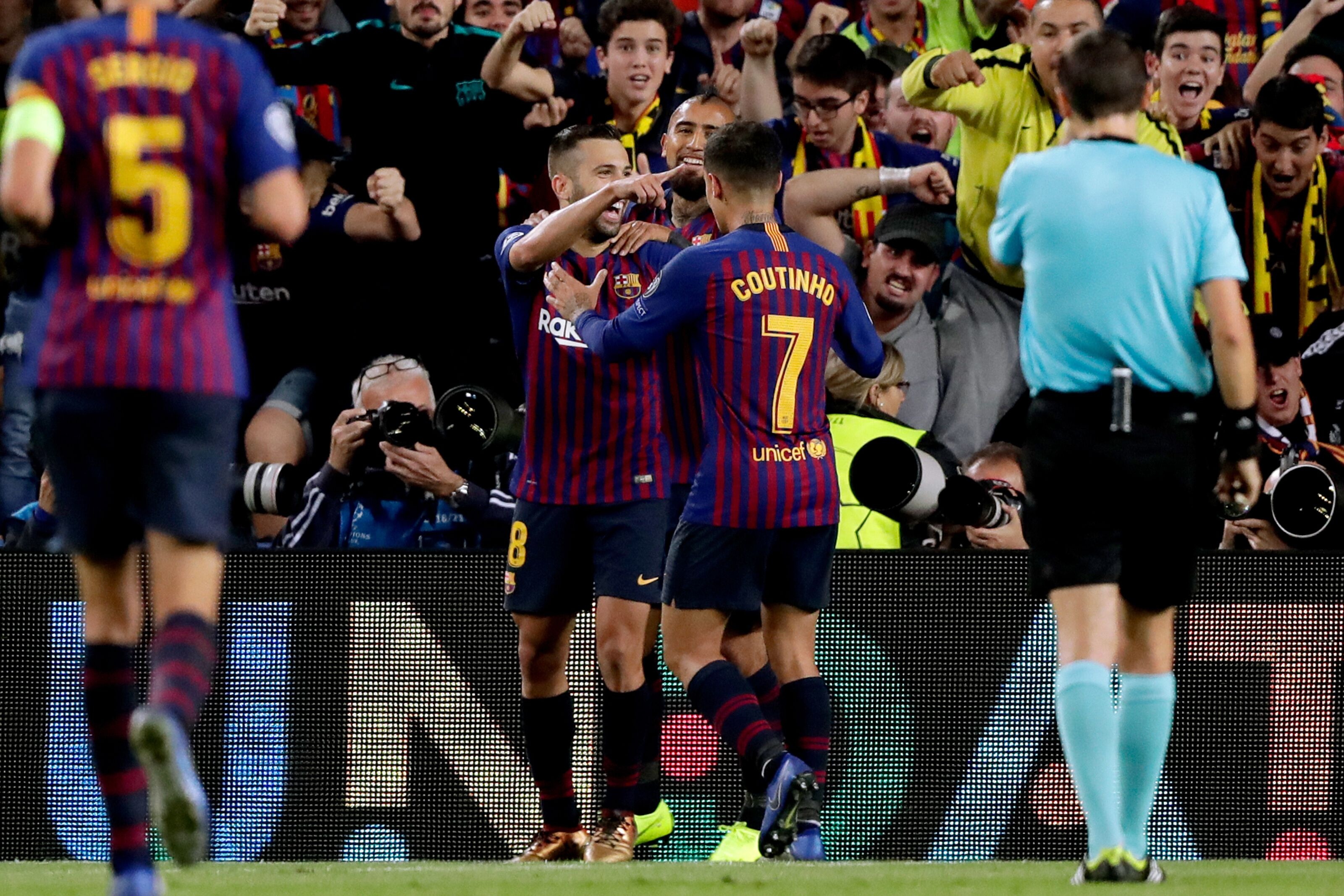 Barcelona: Philippe Coutinho and Jordi Alba connection is starting to flourish