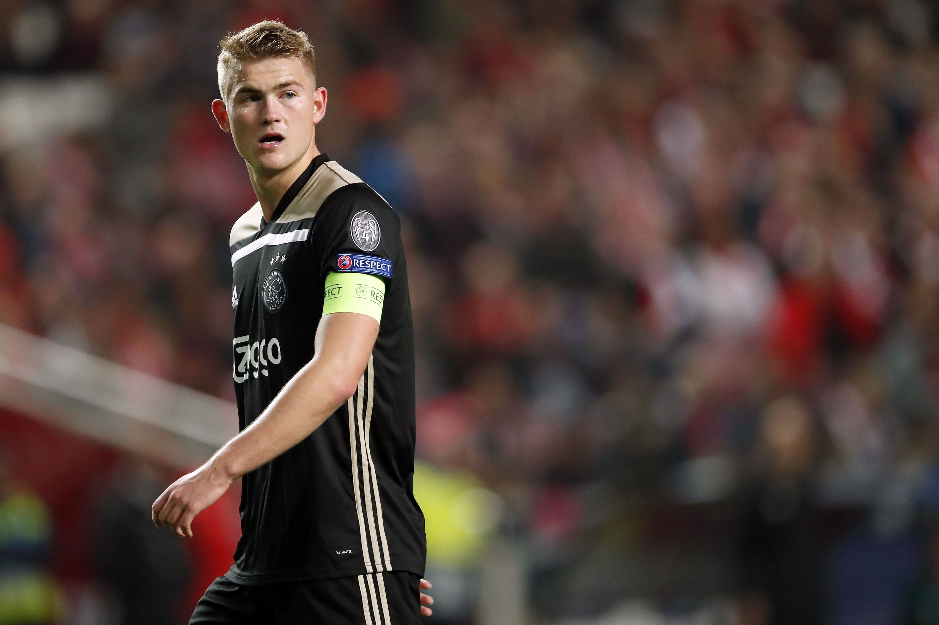 Barcelona are falling behind in the race for Matthijs de Ligt's signature