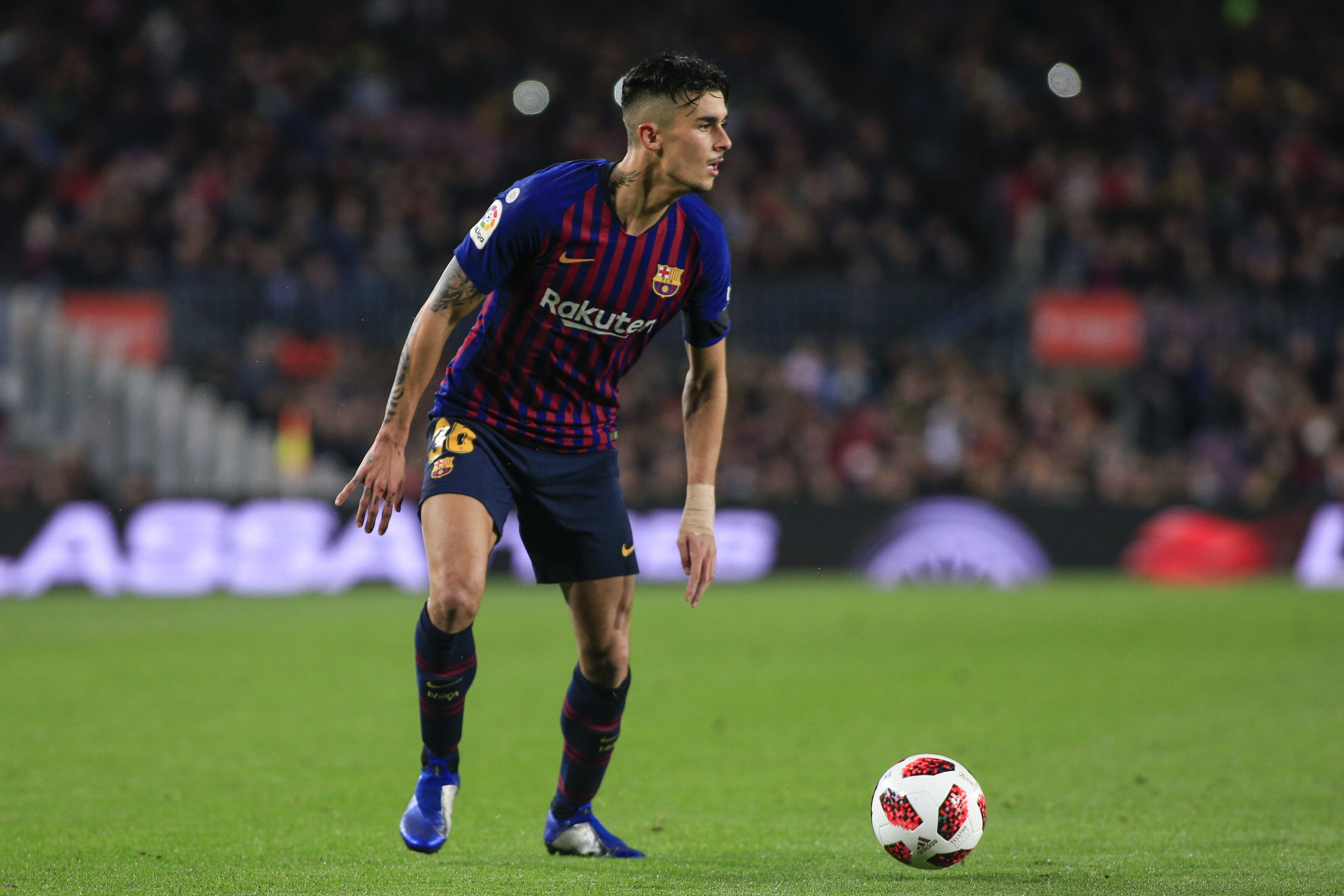 How can Barcelona resolve the centre-back situation in the squad?