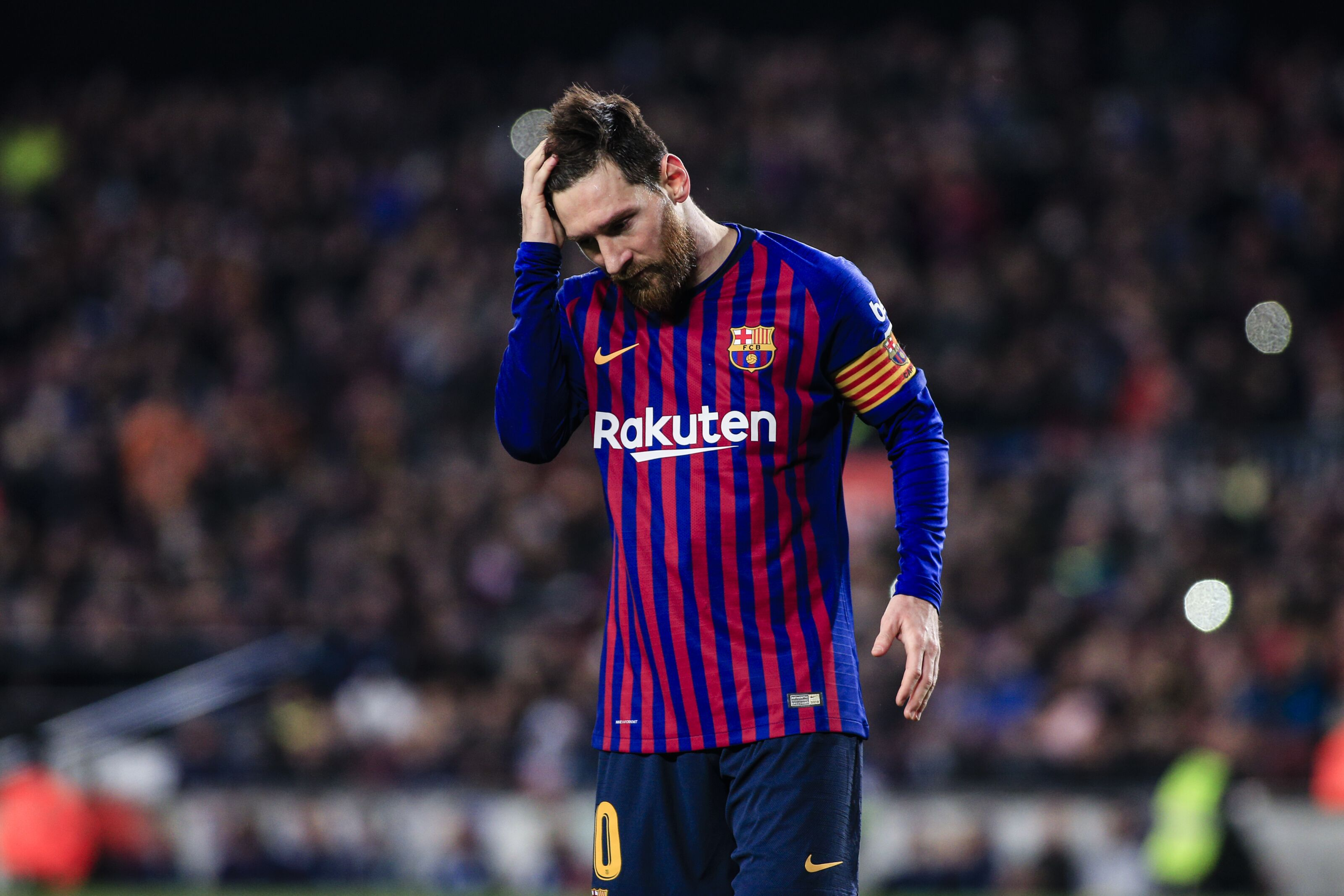"""Lionel Messi labelled as a """"betrayer"""" by Barcelona regular"""