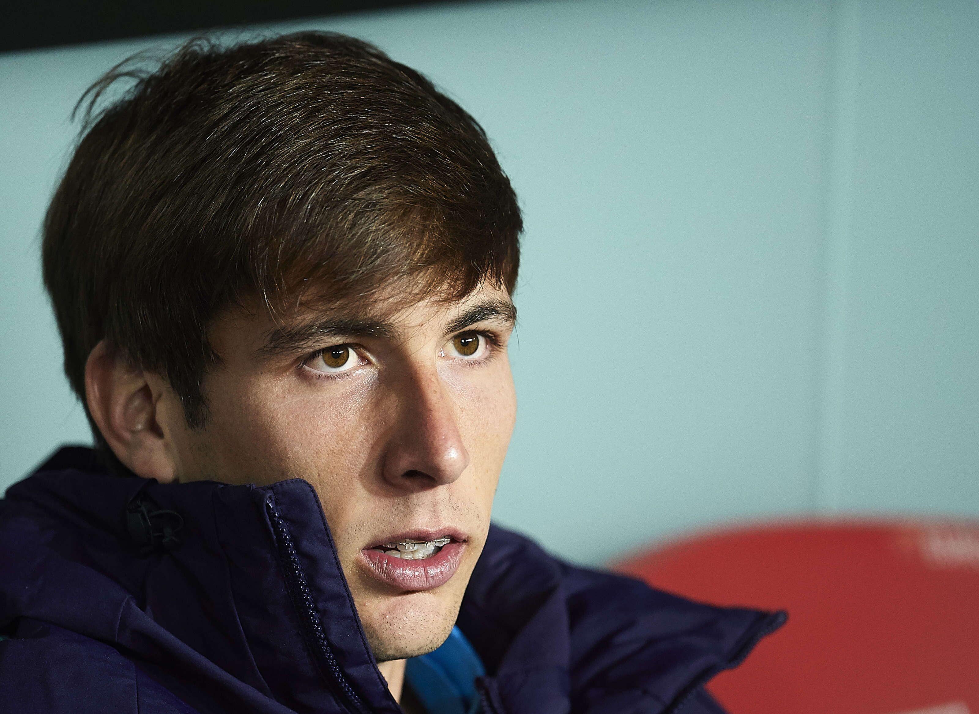 Barcelona look to loan out La Masia graduate for next season