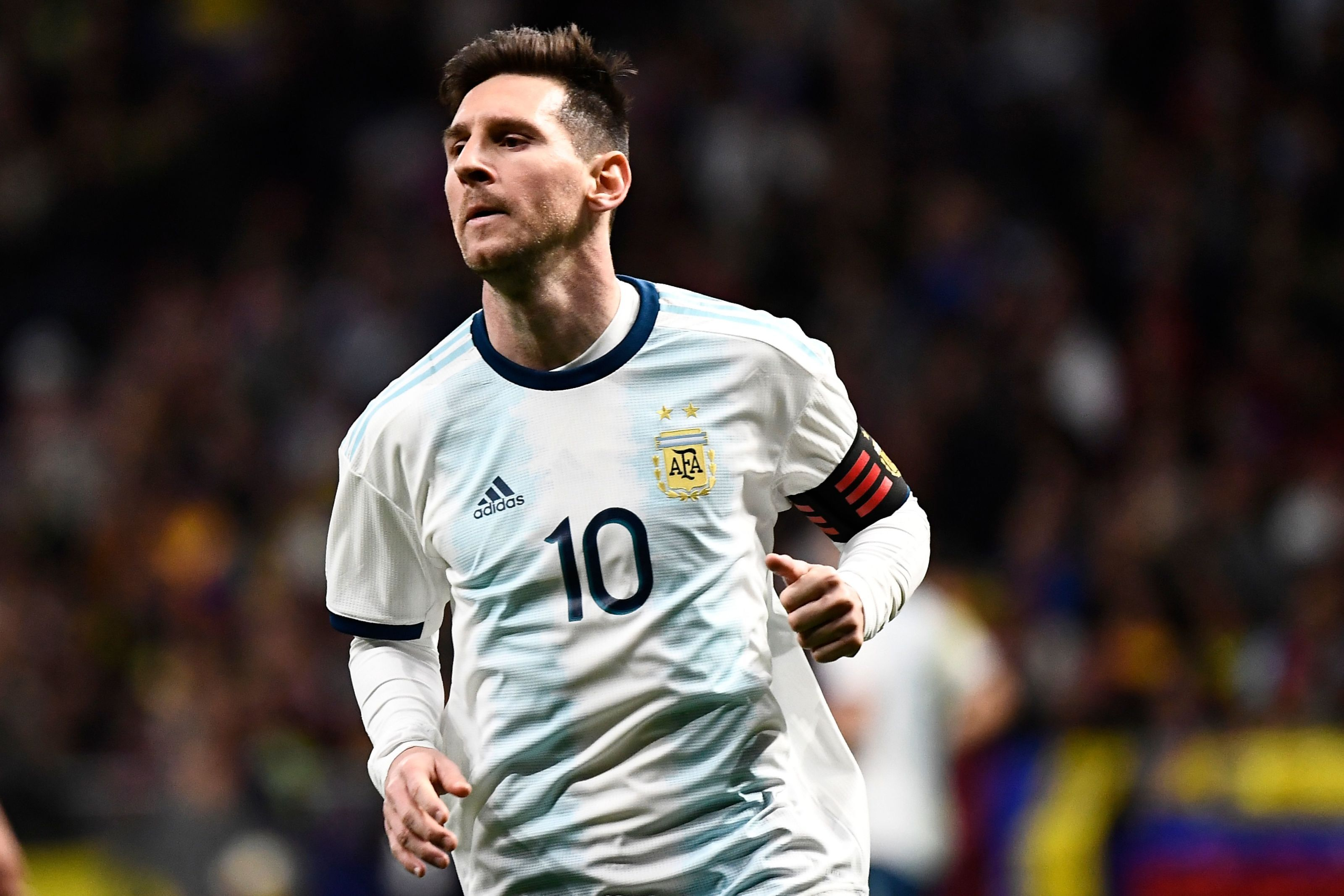 bbcdd1ff0 Barcelona  What is the solution to Lionel Messi s Argentina problem