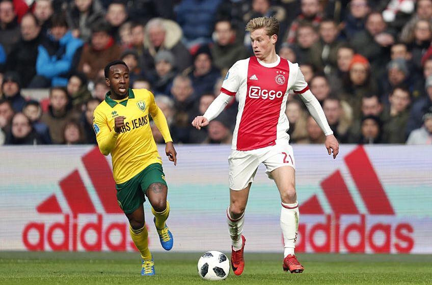 Barcelona look to sign Ajax starlet Frenkie de Jong