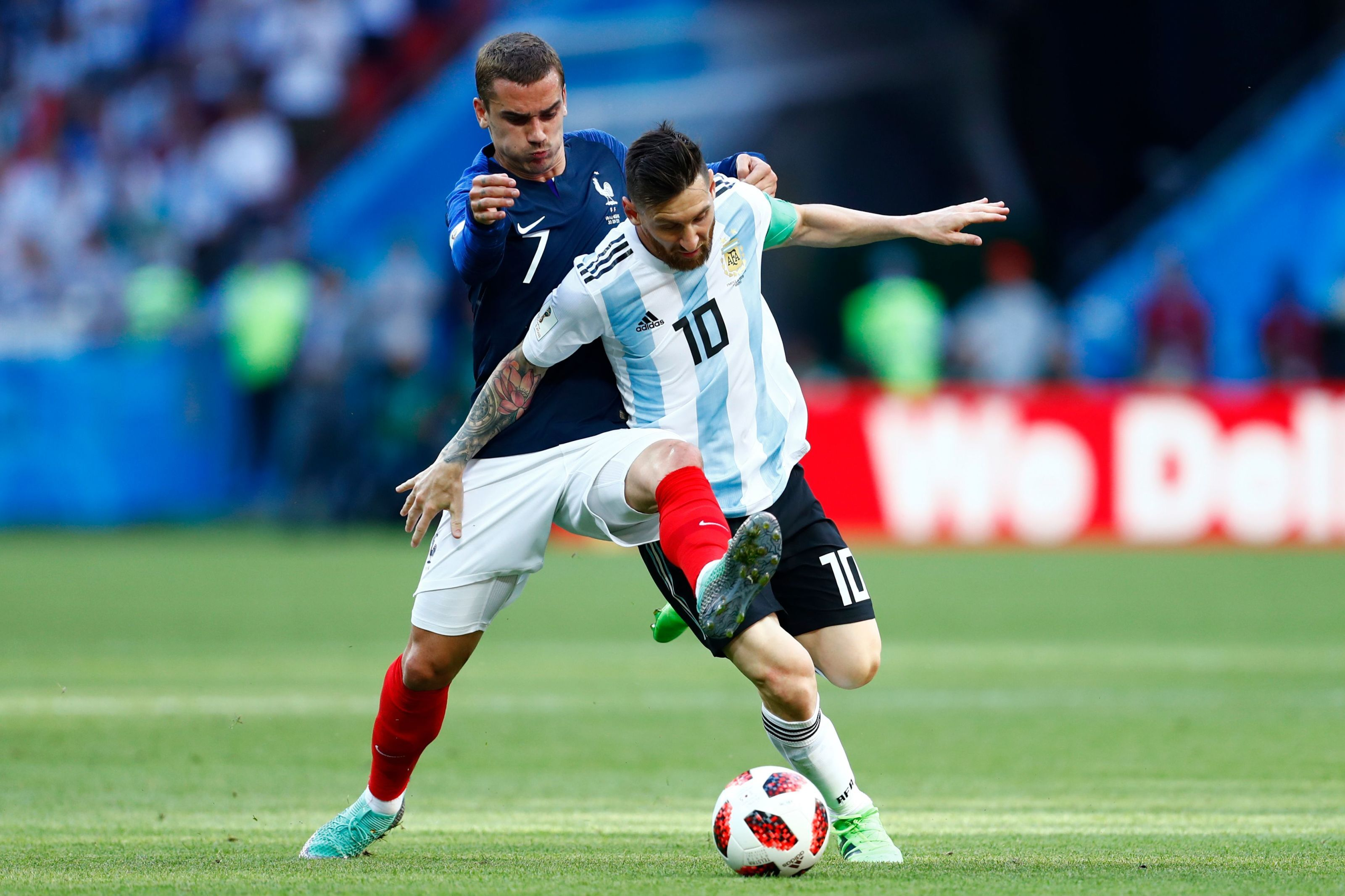 Lionel Messi wants Manchester City star at Barcelona over Antoine Griezmann