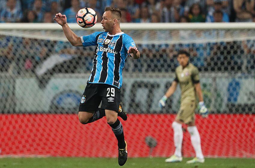 f7541864b62 Grêmio and Arthur confirm deal that will take midfielder to Barcelona