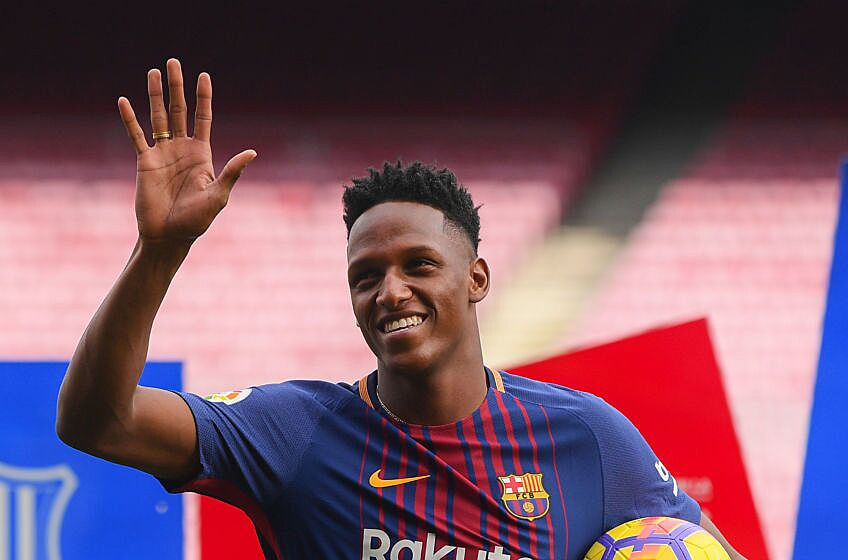 Barcelona looking forward to yerry minas famous dances barcelona spain january 13 new fc barcelona player yerry mina is unveiling at nou camp on january 13 2018 in barcelona spain stopboris Choice Image