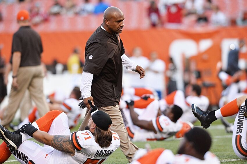 Cleveland Browns: How Long Will Hue Jackson Last As HC?