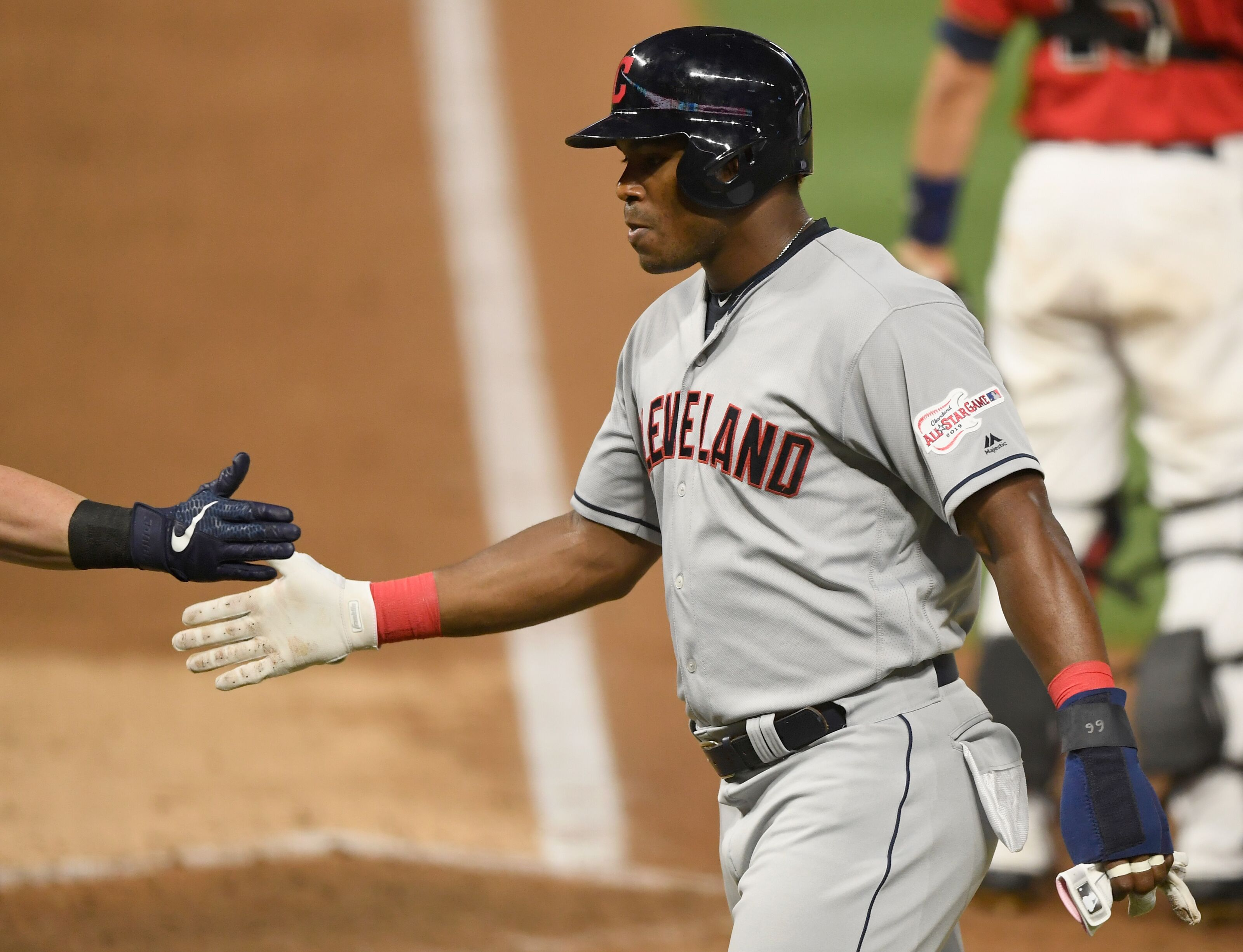 Cleveland Indians: Re-signing Yasiel Puig a realistic option?