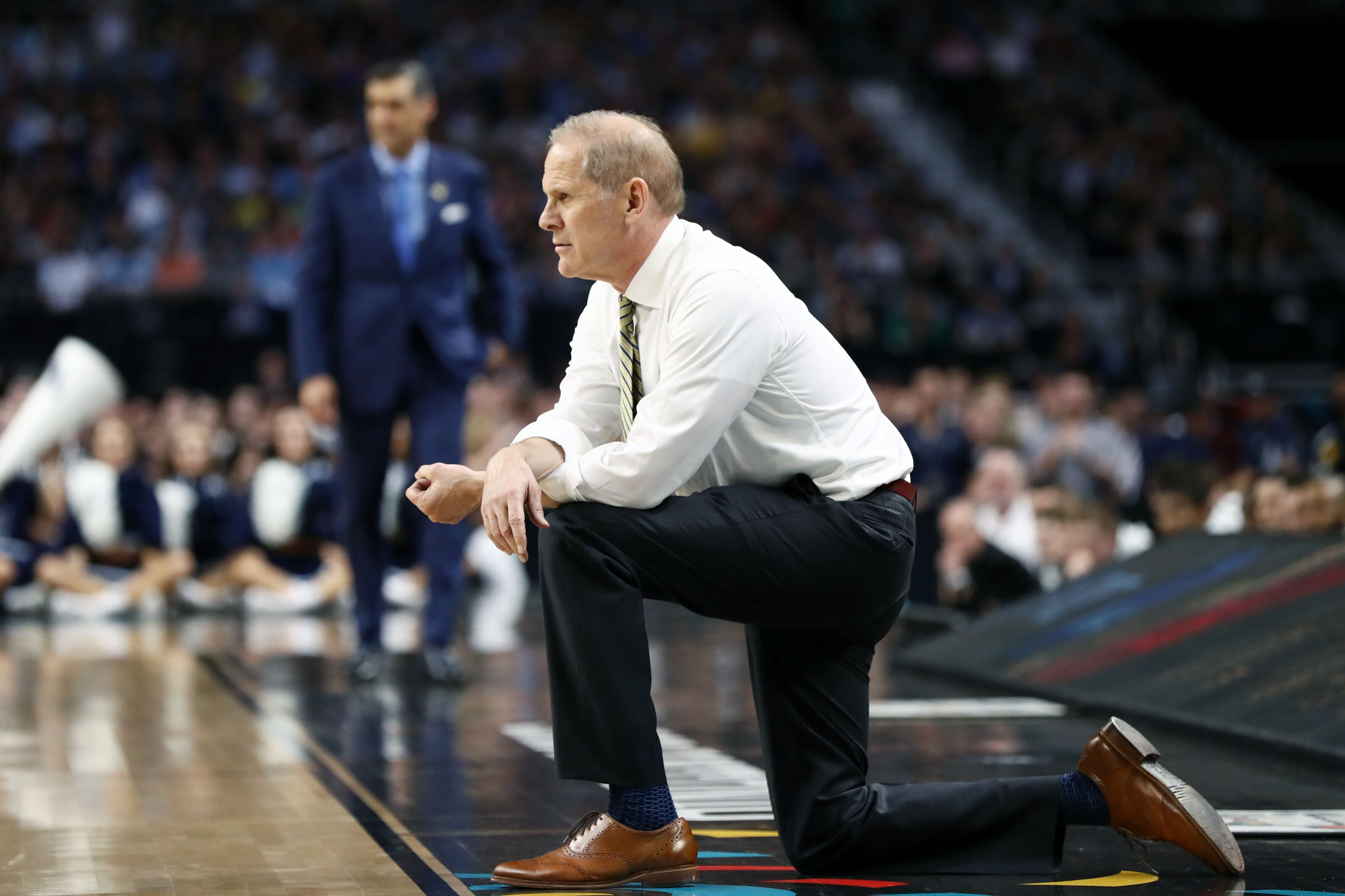 Cleveland Cavs talking to John Beilein about the coach stepping down