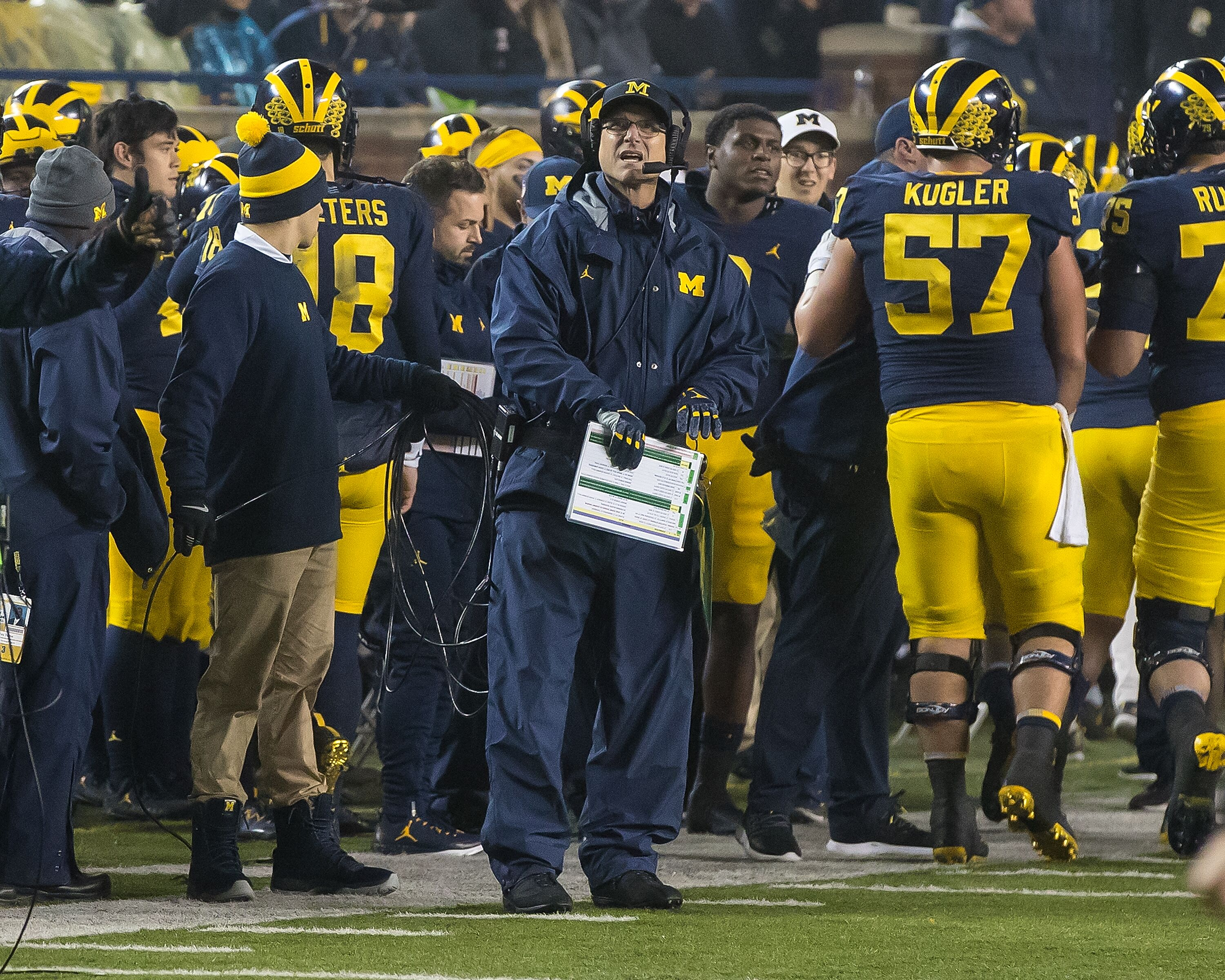 870346460-minnesota-v-michigan.jpg