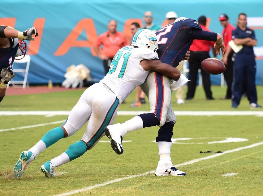 Miami Dolphins DL Cameron Wake named AFC Defensive Player of the Week
