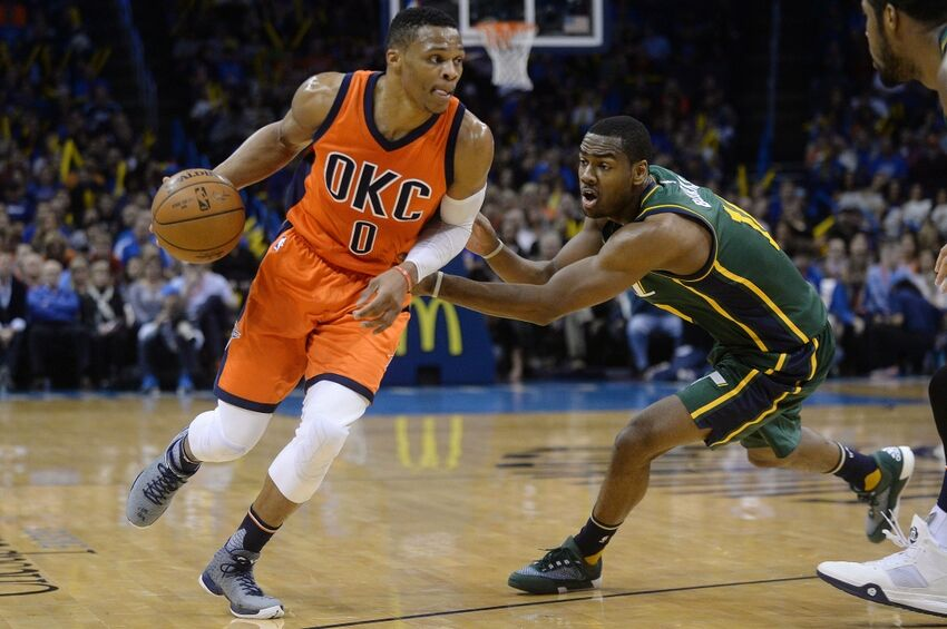 Russell Westbrook throws a tricky inbounds pass