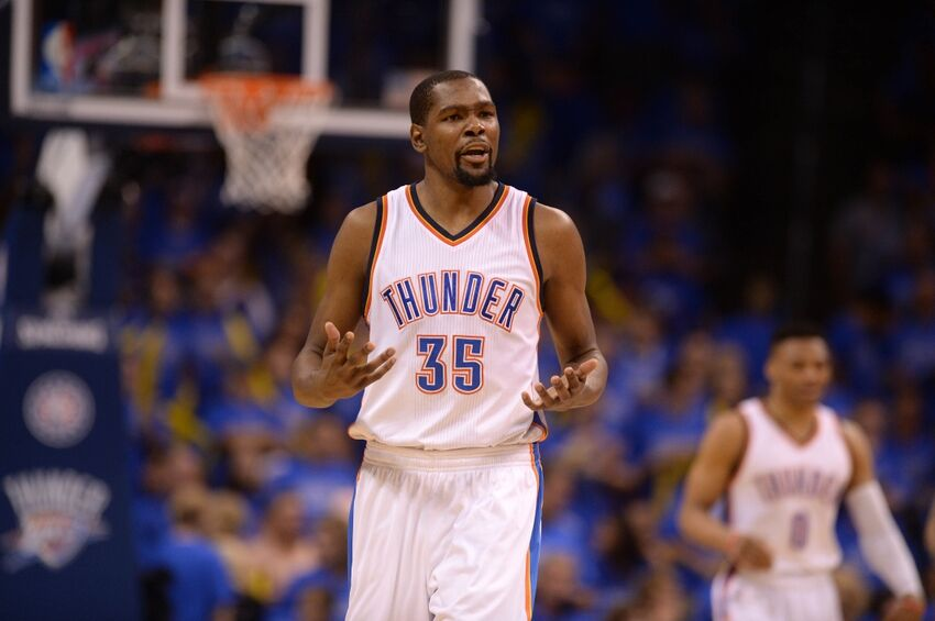 8753eb2aa47 Kevin Durant signs with Warriors  Thunder fans react on Twitter