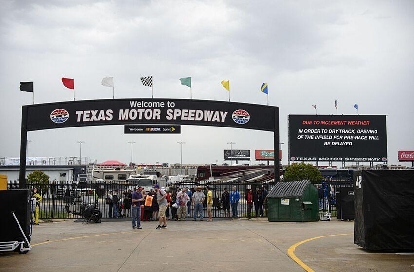 Sprint Cup Series AAA Texas 500 weekend TV and radio schedule