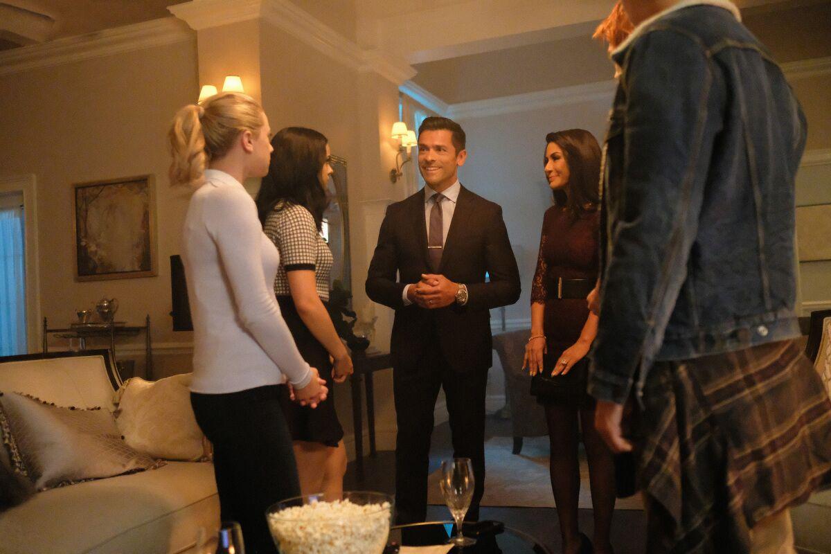 Riverdale live stream: Watch season 2, episode 3 online