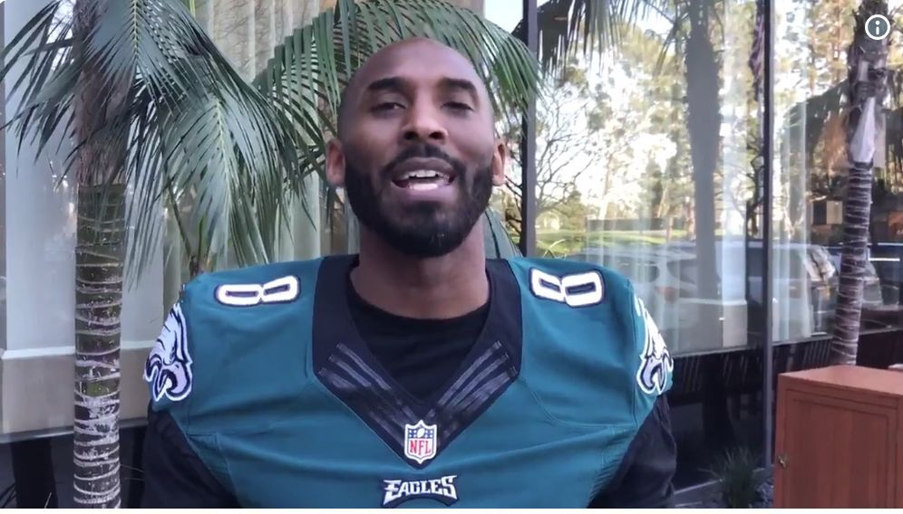 480d4deb6c61 Very superstitious Eagles fan Kobe Bryant performs Philadelphia fight song