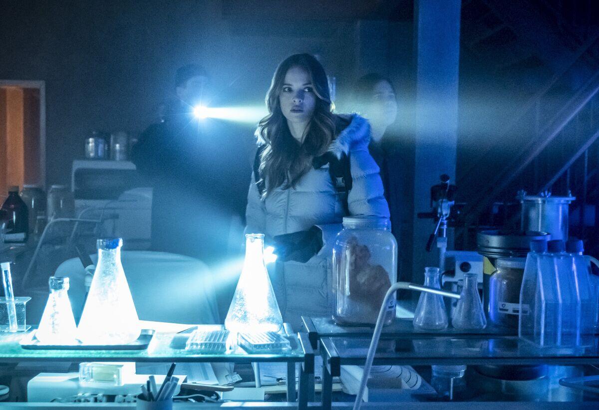 Watch The Flash season 5 episode 18 online: 'Godspeed'