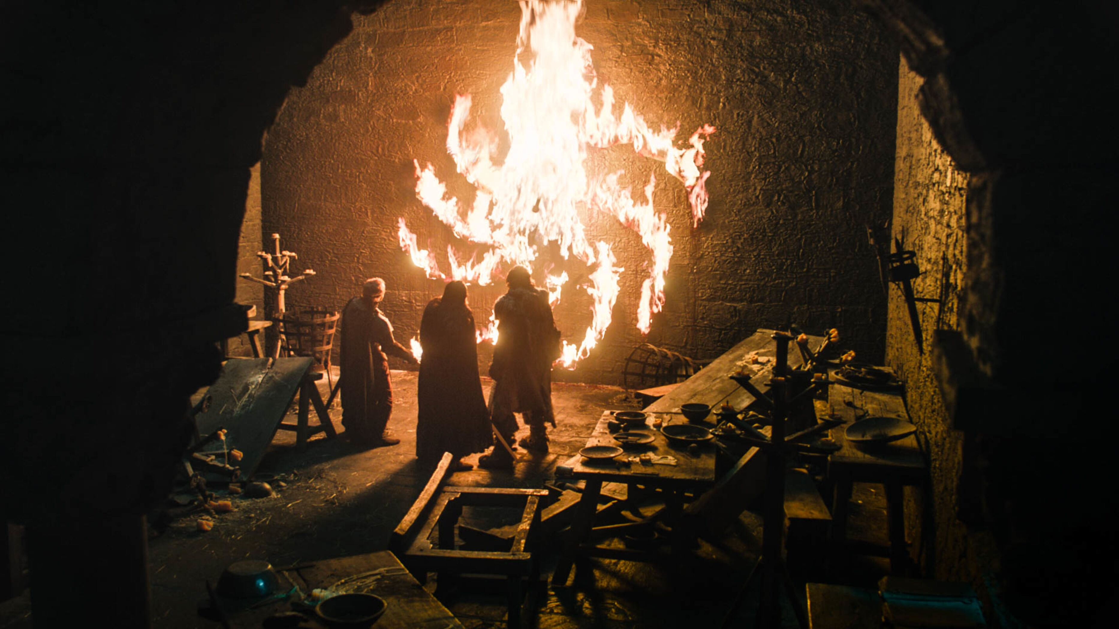 What does the burning spiral mean in Game of Thrones premiere?